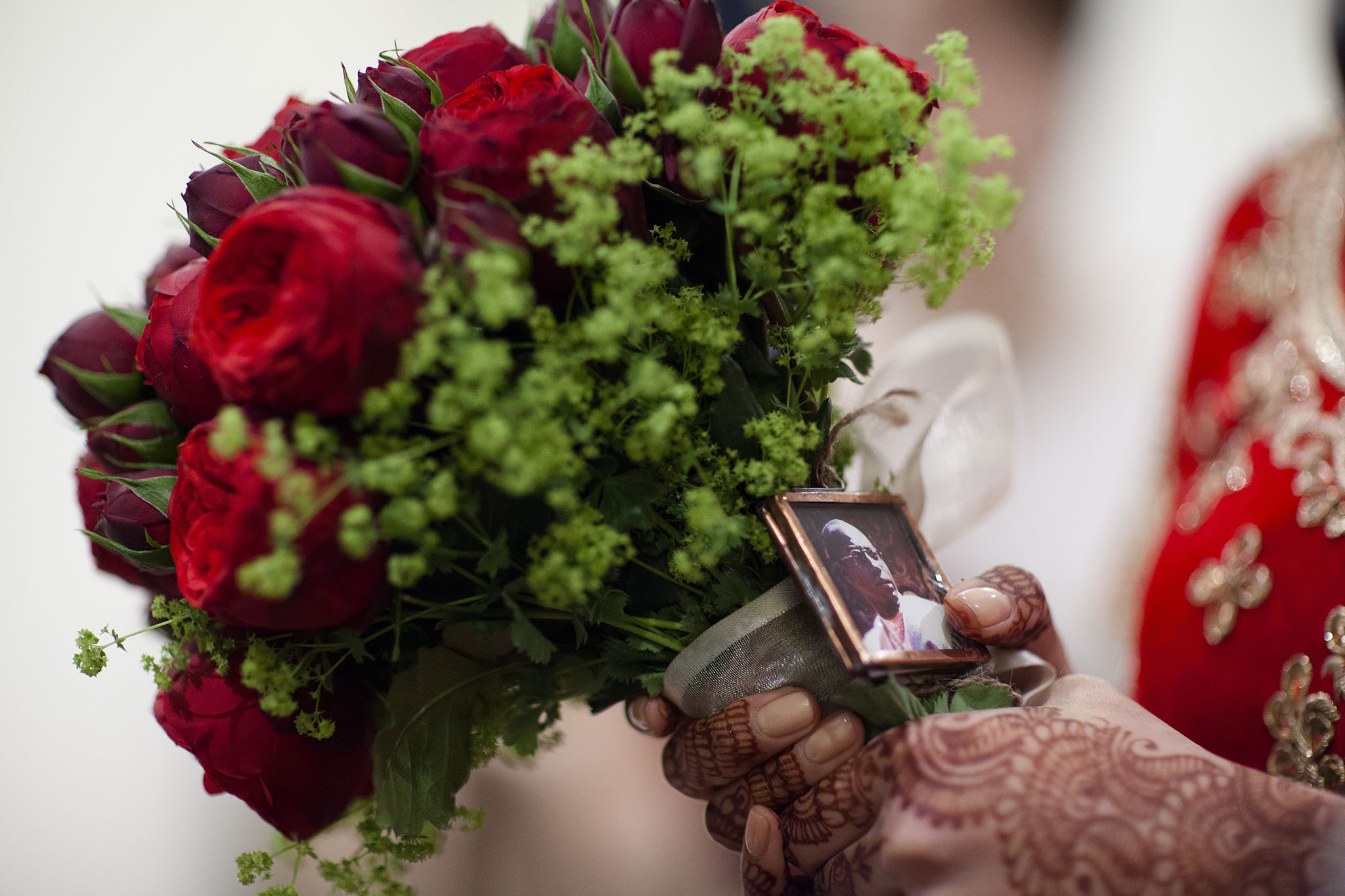 elizabethgphotography_kingslangley_hertfordshire_fineart_indian_wedding_photography_bhavesh_kundalata_bhaktivedanta_manor_watford_jpg05.jpg