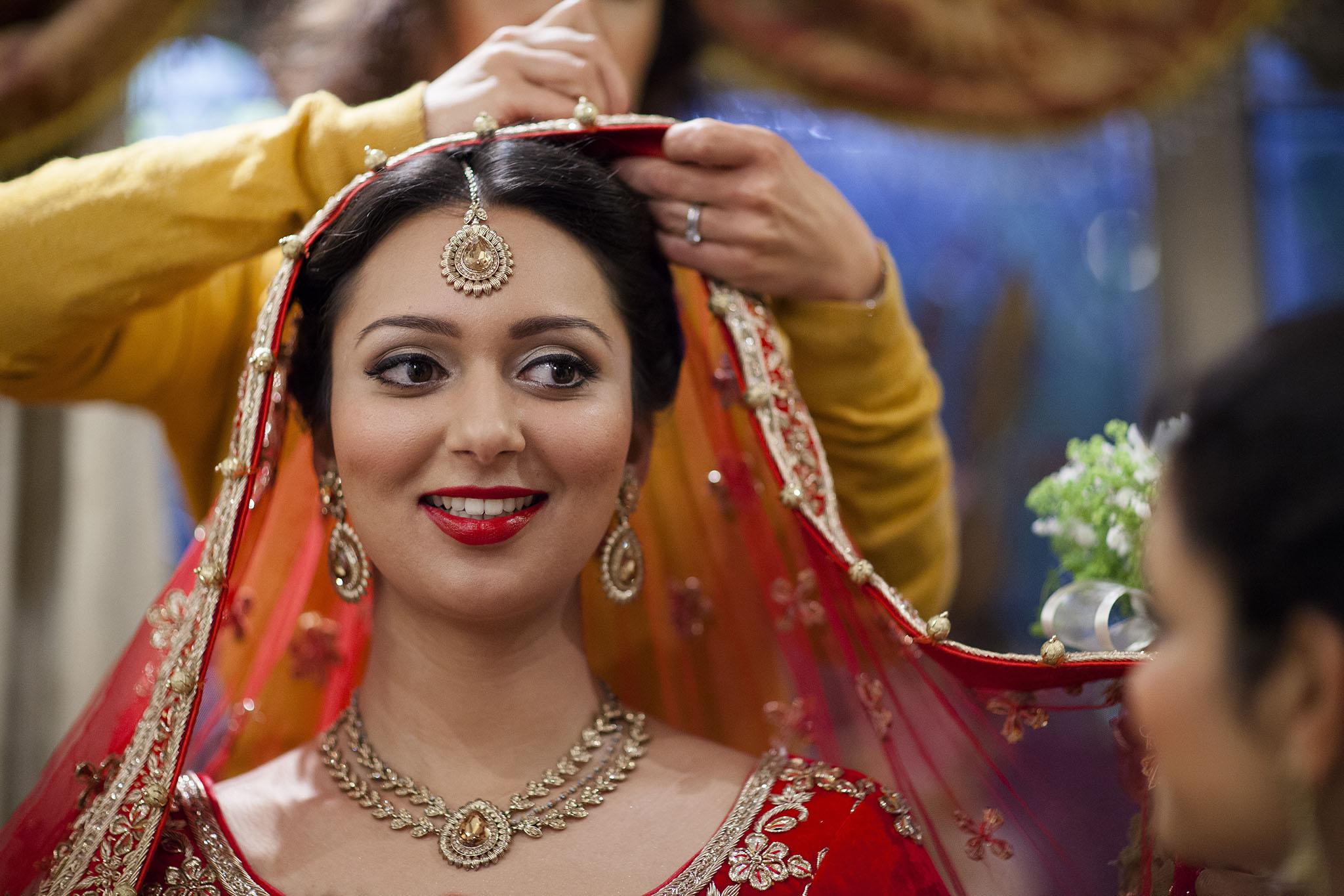 elizabethgphotography_kingslangley_hertfordshire_fineart_indian_wedding_photography_bhavesh_kundalata_bhaktivedanta_manor_watford_jpg07.jpg