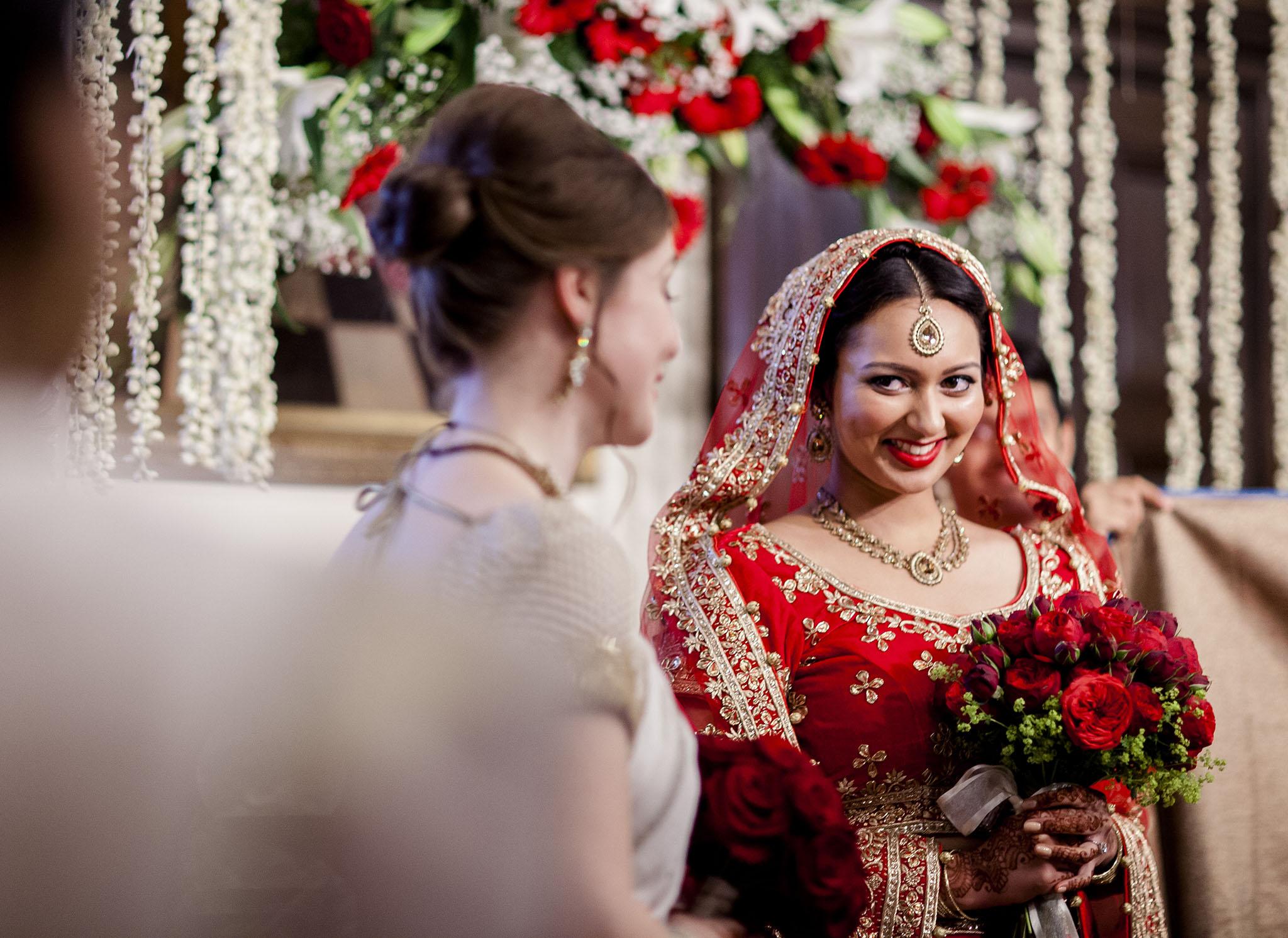 elizabethgphotography_kingslangley_hertfordshire_fineart_indian_wedding_photography_bhavesh_kundalata_bhaktivedanta_manor_watford_jpg18.jpg