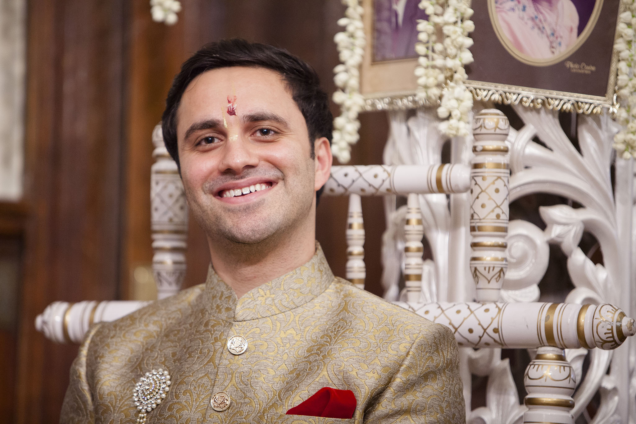 elizabethgphotography_kingslangley_hertfordshire_fineart_indian_wedding_photography_bhavesh_kundalata_bhaktivedanta_manor_watford_jpg30.jpg