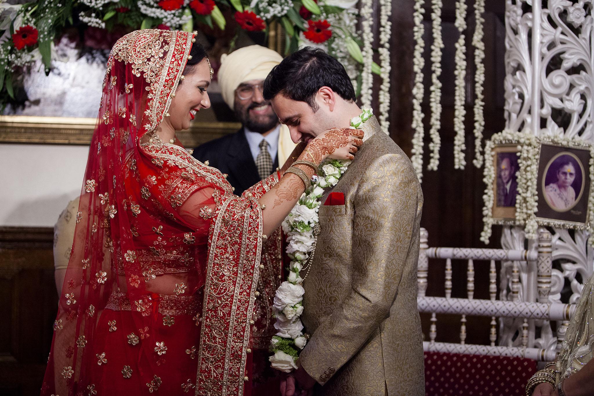 elizabethgphotography_kingslangley_hertfordshire_fineart_indian_wedding_photography_bhavesh_kundalata_bhaktivedanta_manor_watford_jpg41.jpg