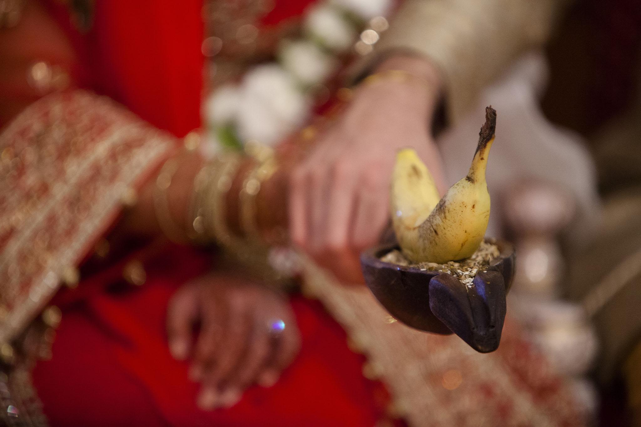 elizabethgphotography_kingslangley_hertfordshire_fineart_indian_wedding_photography_bhavesh_kundalata_bhaktivedanta_manor_watford_jpg47.jpg