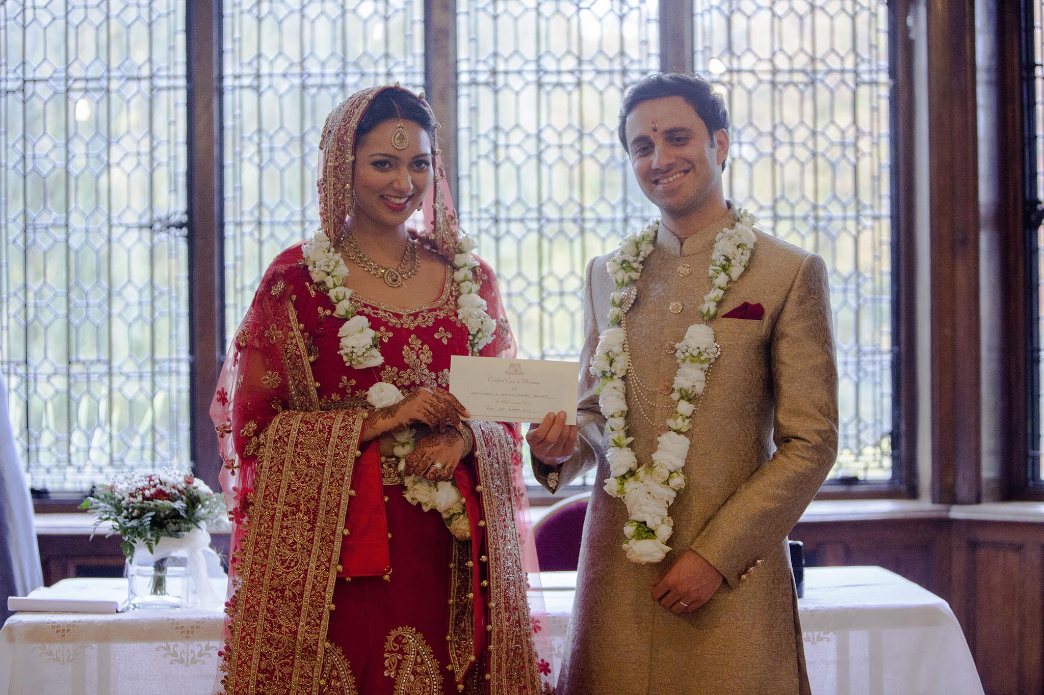 elizabethgphotography_kingslangley_hertfordshire_fineart_indian_wedding_photography_bhavesh_kundalata_bhaktivedanta_manor_watford_jpg56.jpg