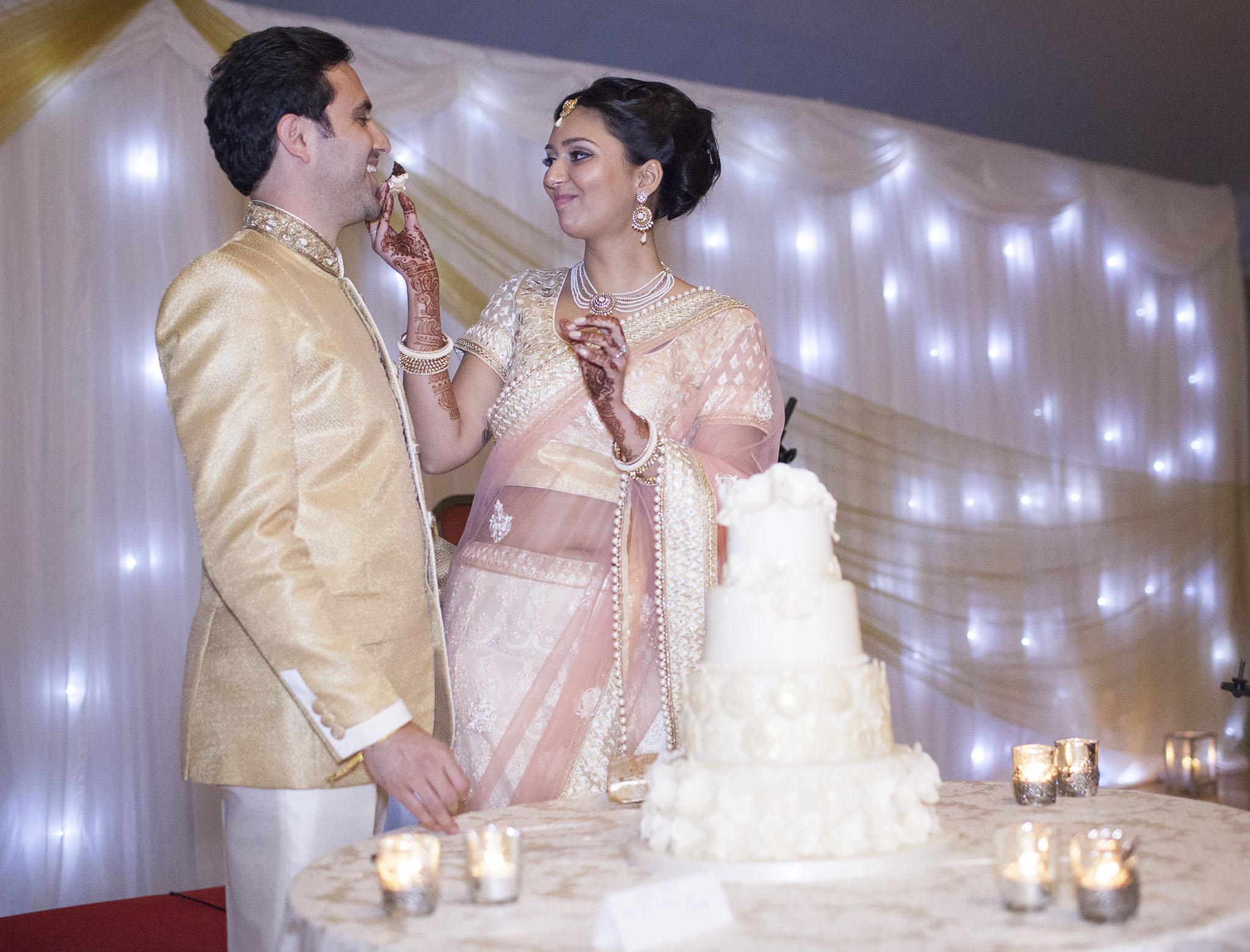 elizabethgphotography_kingslangley_hertfordshire_fineart_indian_wedding_photography_bhavesh_kundalata_bhaktivedanta_manor_watford_jpg69.jpg