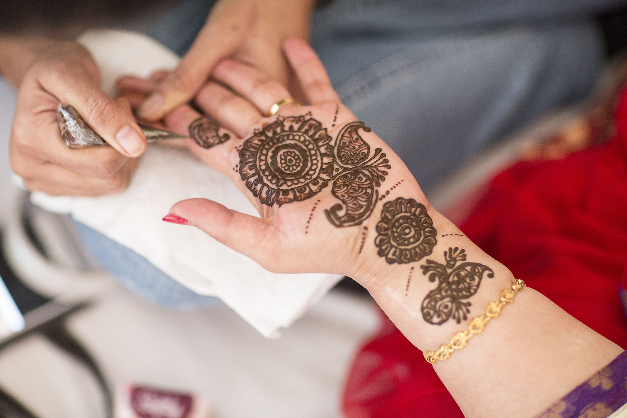 elizabethgphotography_kingslangley_hertfordshire_fineart_indian_wedding_mehndi_photography_jigna_bhuja_05.jpg