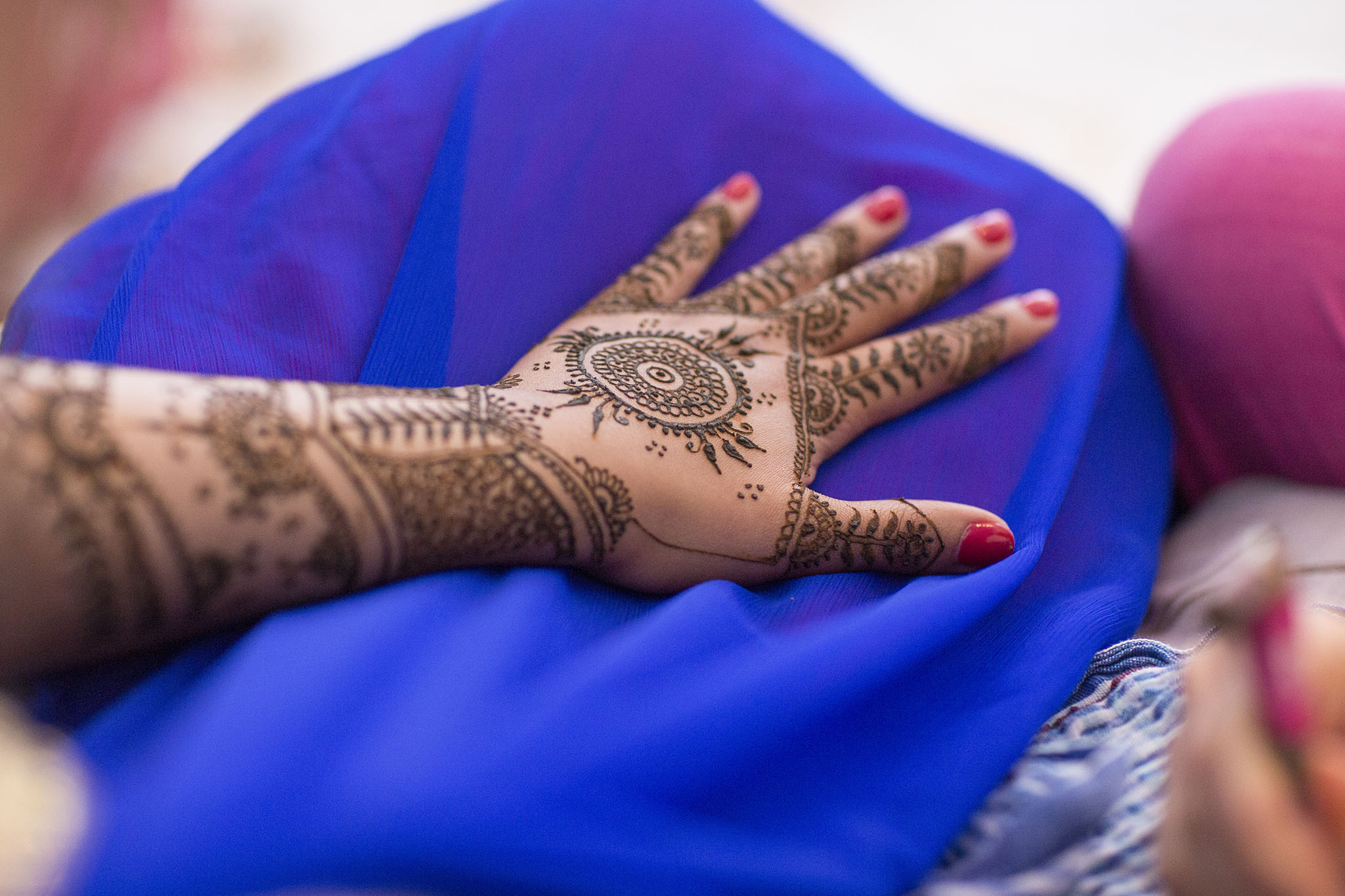 elizabethgphotography_kingslangley_hertfordshire_fineart_indian_wedding_mehndi_photography_jigna_bhuja_08.jpg