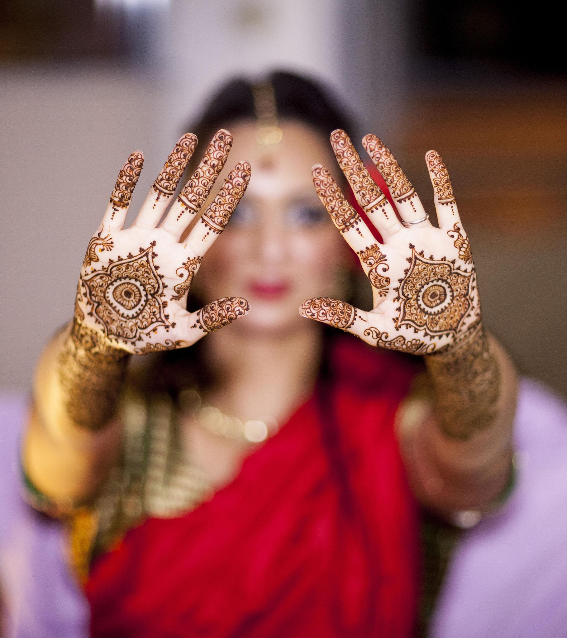 elizabethg_fineart_photography_hertfordshire_indian_wedding_mehndi_kundalata_12.jpg