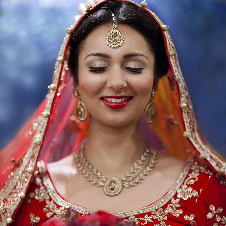 elizabethgphotography_kingslangley_hertfordshire_fineart_indian_wedding_photography_bhavesh_kundalata_bhaktivedanta_manor_watford_jpg08.jpg