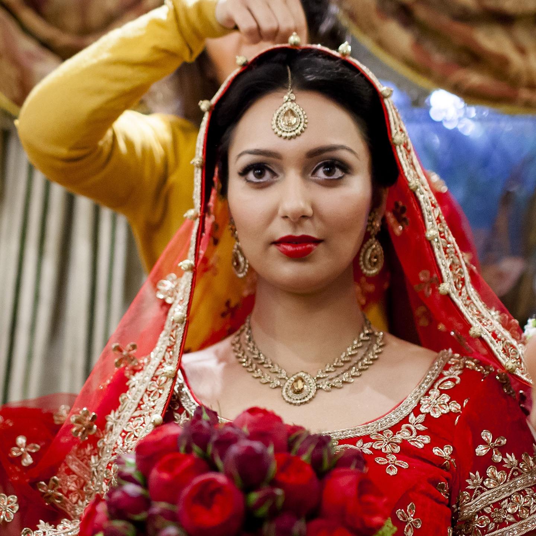 elizabethgphotography_kingslangley_hertfordshire_fineart_indian_wedding_photography_bhavesh_kundalata_bhaktivedanta_manor_watford_jpg02.jpg