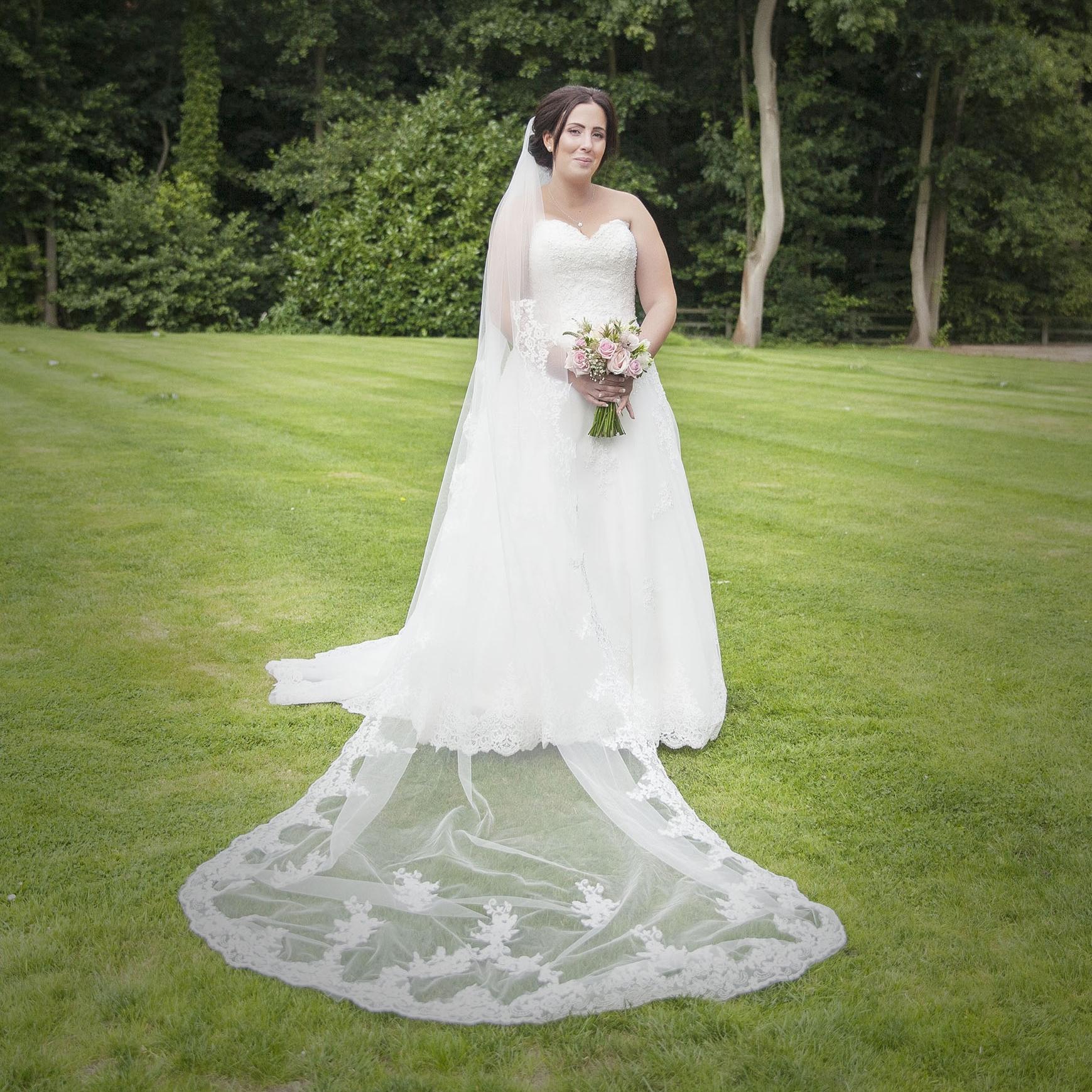 elizabethgphotography_kingslangley_hertfordshire_fineart_wedding_tewinbury_farm_tayna_15.jpg