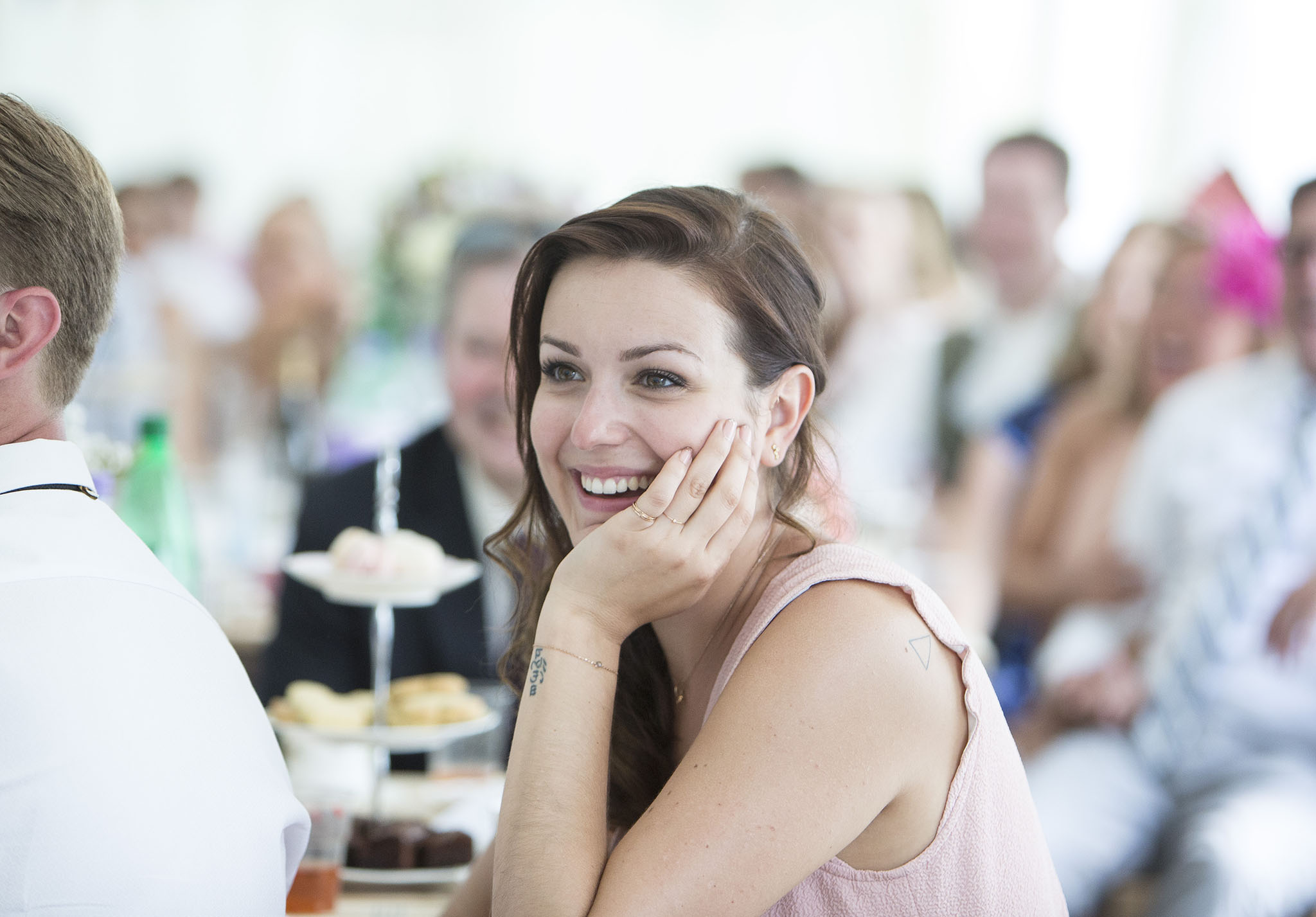 elizabethgphotography_kingslangley_hertfordshire_fineart_wedding_pottersbar_matt_katie_pegg_40.jpg
