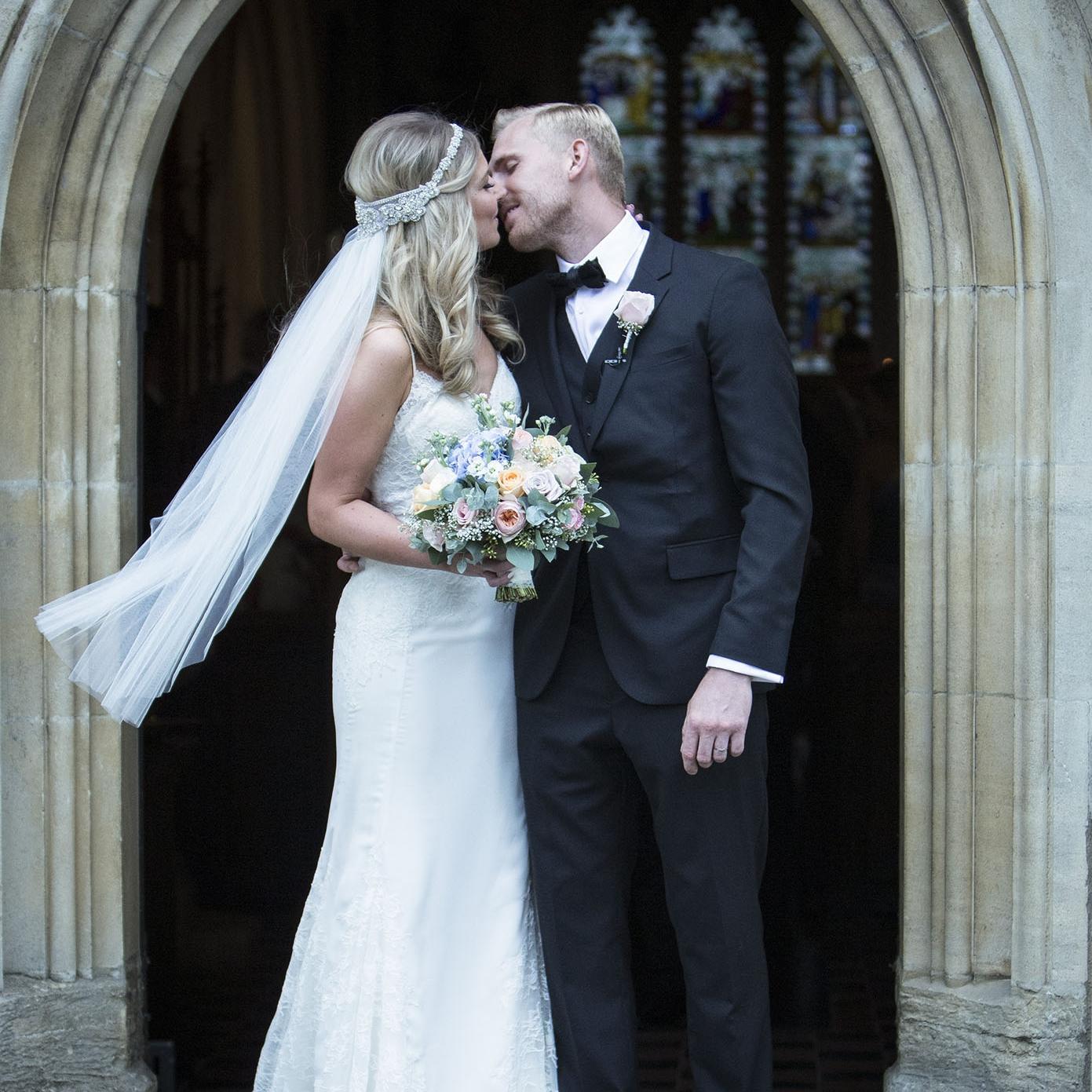 elizabethgphotography_kingslangley_hertfordshire_fineart_wedding_stmichaelsmanor_hotel_stalbans_luciejack_24.jpg