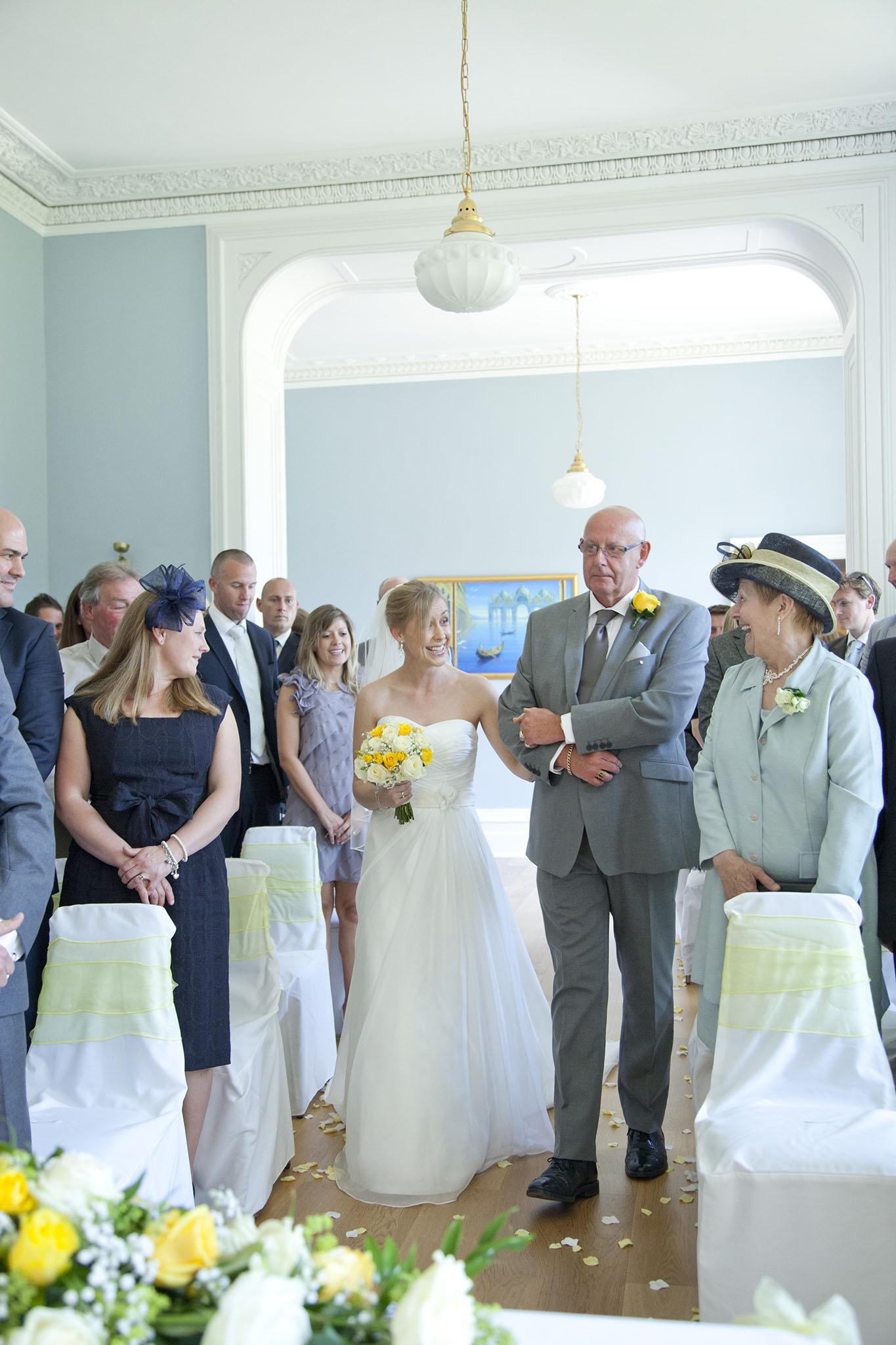elizabethg_fineart_photography_hertfordshire_rachel_adam_wedding_highelmsmanor_18.jpg