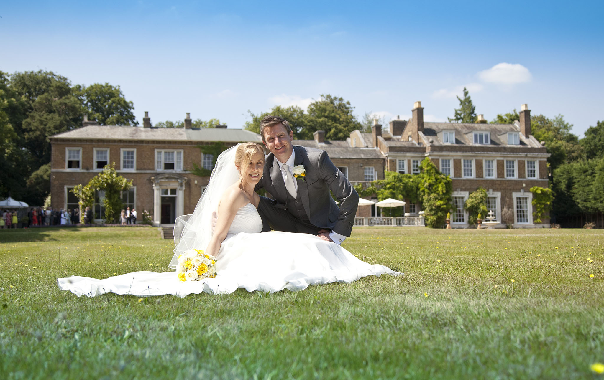 elizabethg_fineart_photography_hertfordshire_rachel_adam_wedding_highelmsmanor_33.jpg