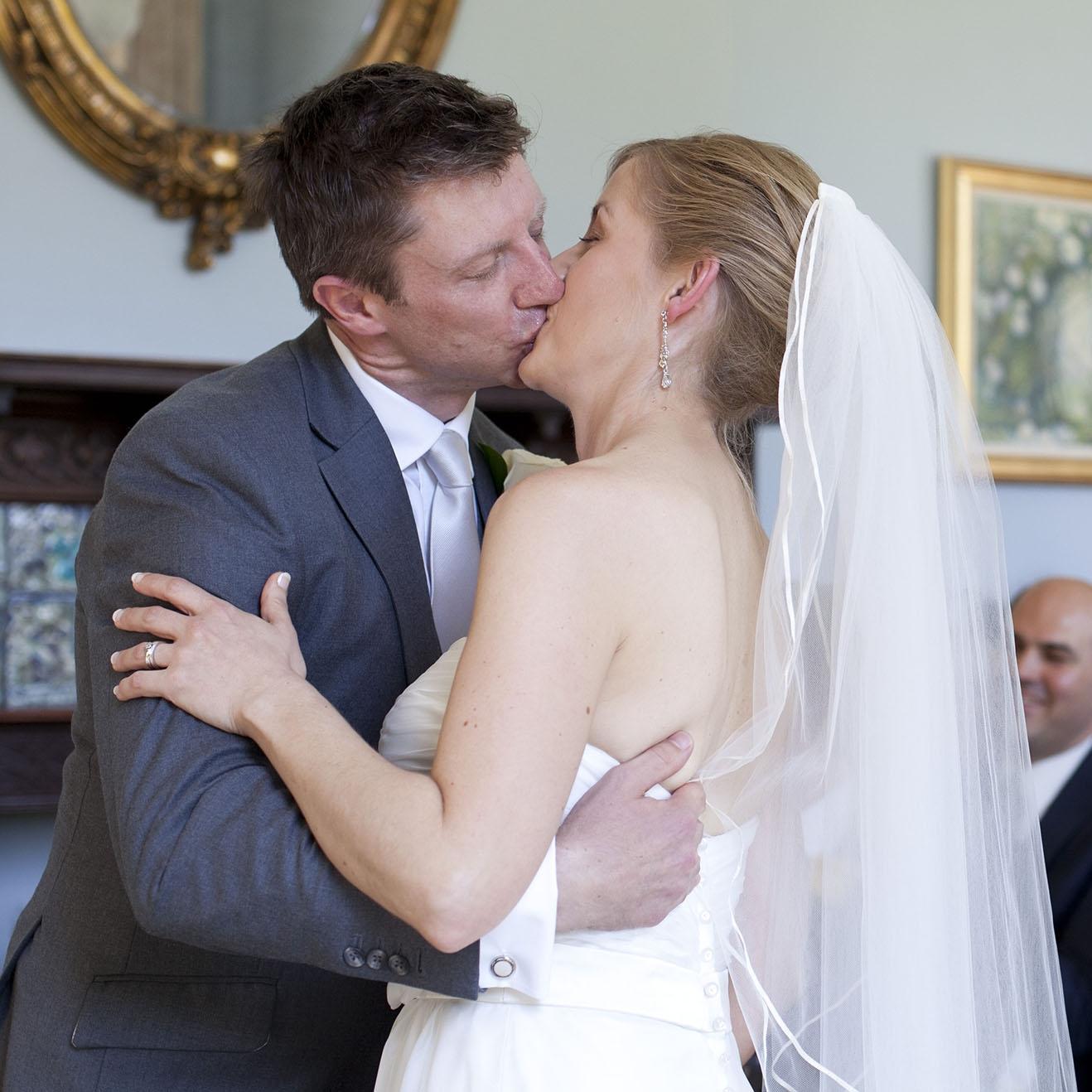 elizabethg_fineart_photography_hertfordshire_rachel_adam_wedding_highelmsmanor_25.jpg