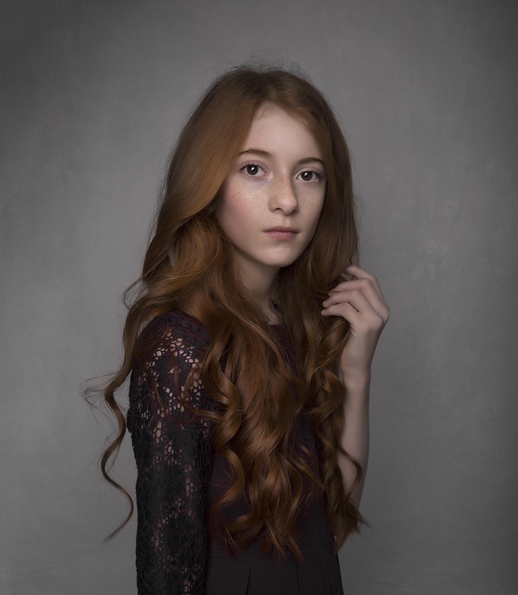 elizabethgphotography_childrens_fineart_kingslangley_hertfordshire_model_actor_updates_leah_barnes_kids_london_5a.jpg