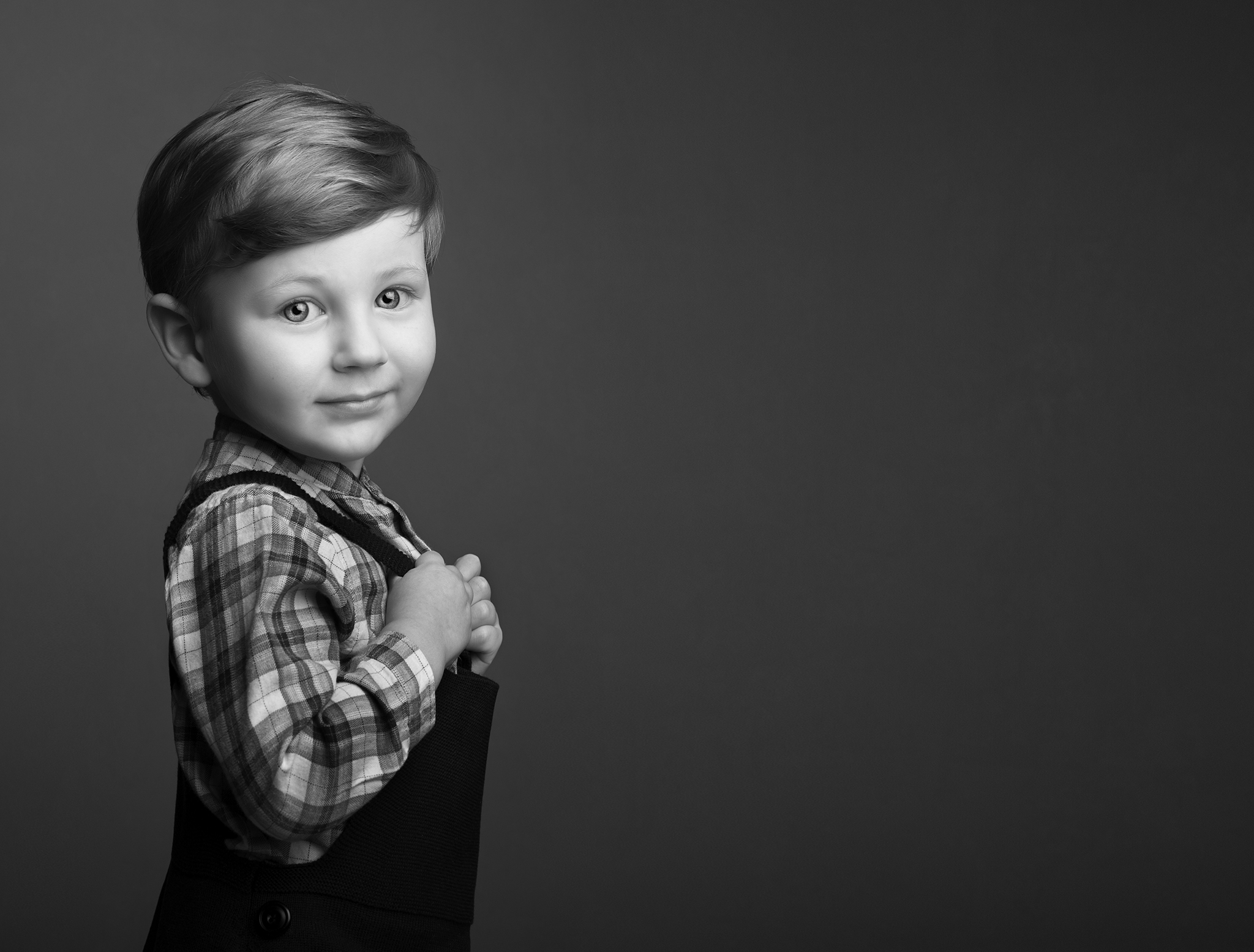 elizabethg_photography_hertfordshire_fineart_child_portrait_model_tommy1.jpg