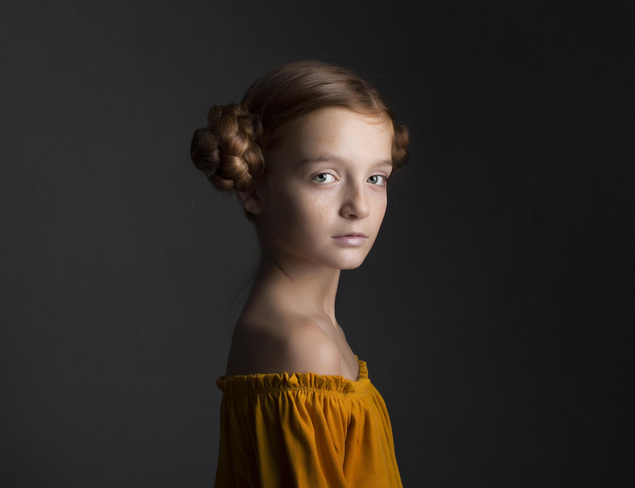 elizabethg_photography_hertfordshire_fineart_child_portrait_model_morgan_3.jpg