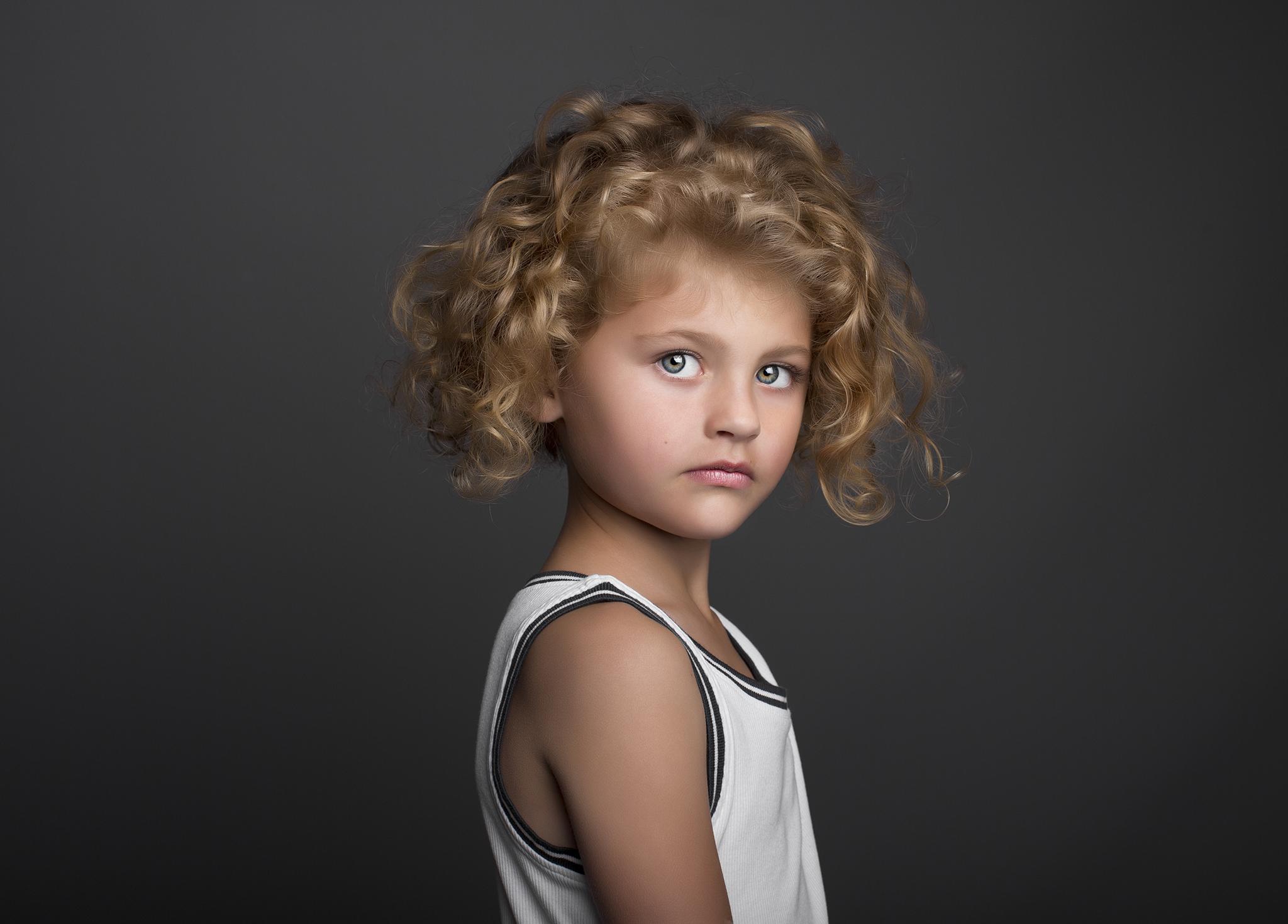 elizabethgphotography_fineart_kingslangley_hertfordshire_model_alexa_tiny_angels2.jpg