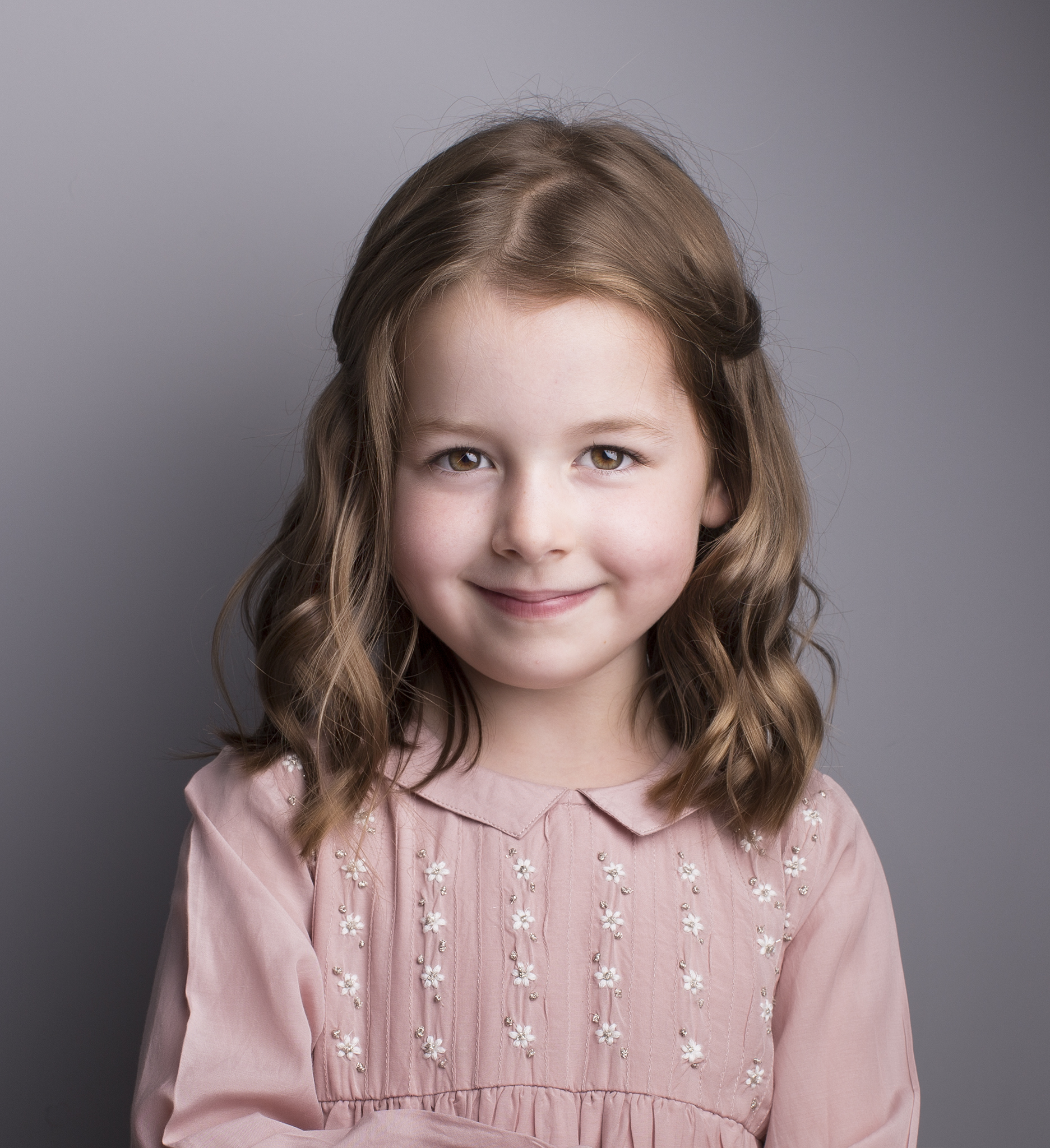 elizabethgphotography_fineart_kingslangley_hertfordshire_child_model_amelia_2.jpg