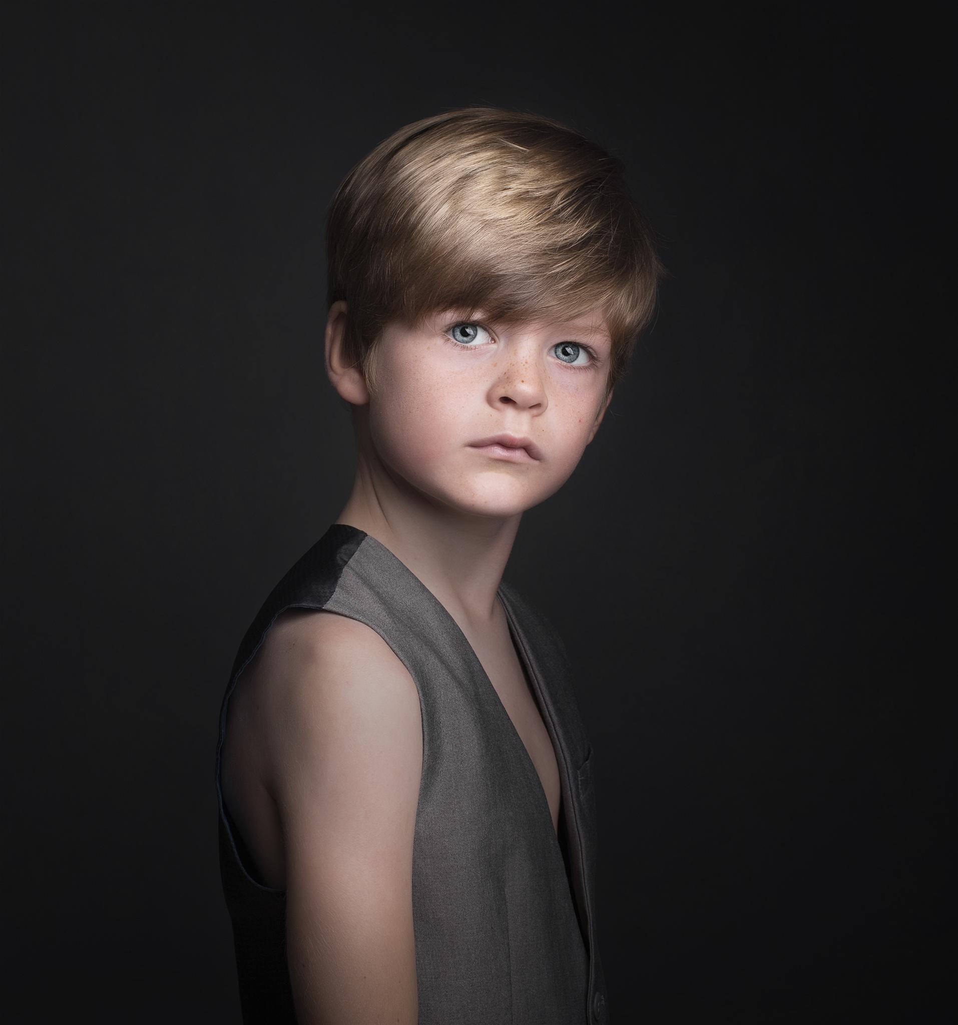 elizabethgfineartphotography_kingslangley_model_tristan_mentormodels_kiddiwinks_sugarkids_5.jpg