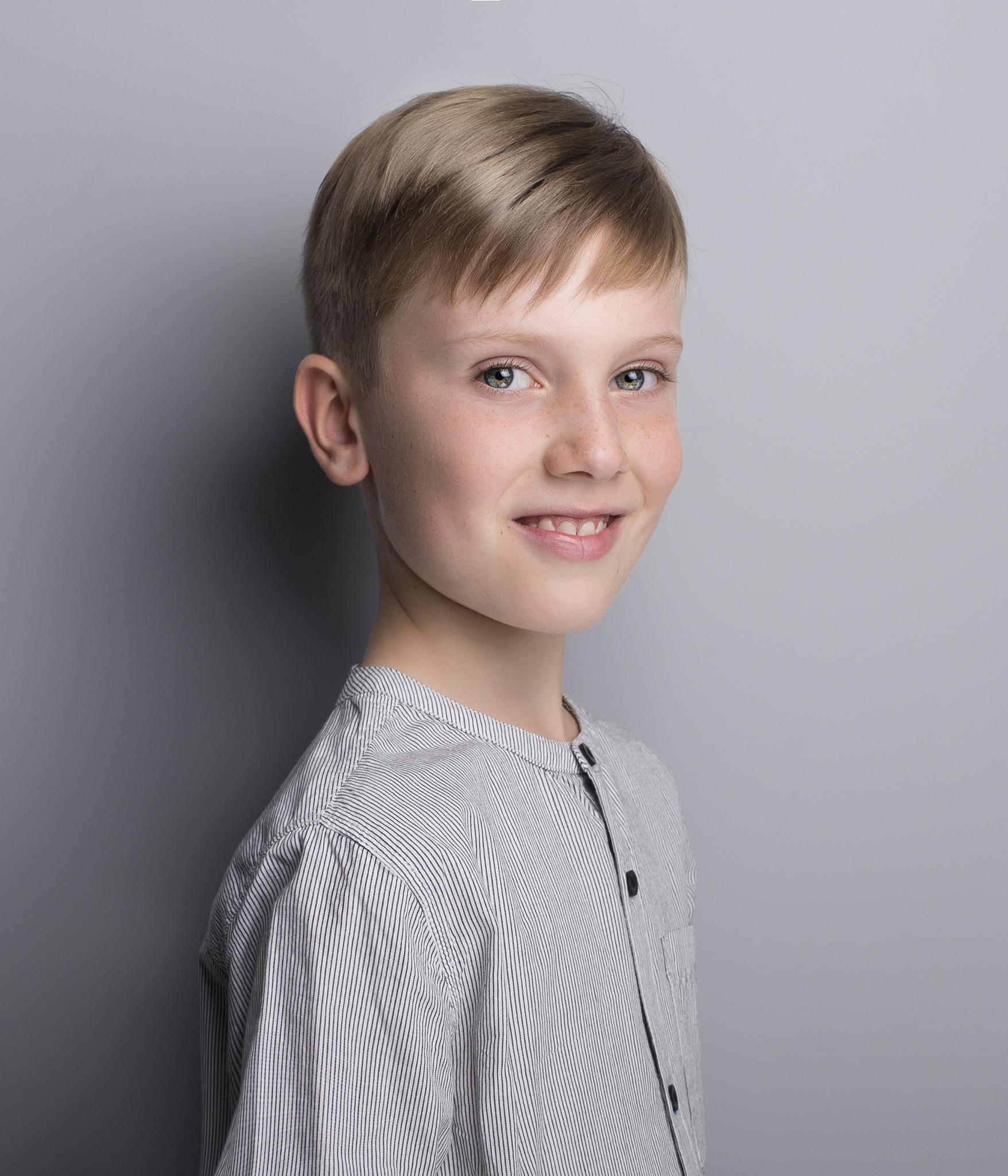 elizabethgfineartphotography_kingslangley_model_actor_dancer_louis_parker_elliottparkermanagement.jpg