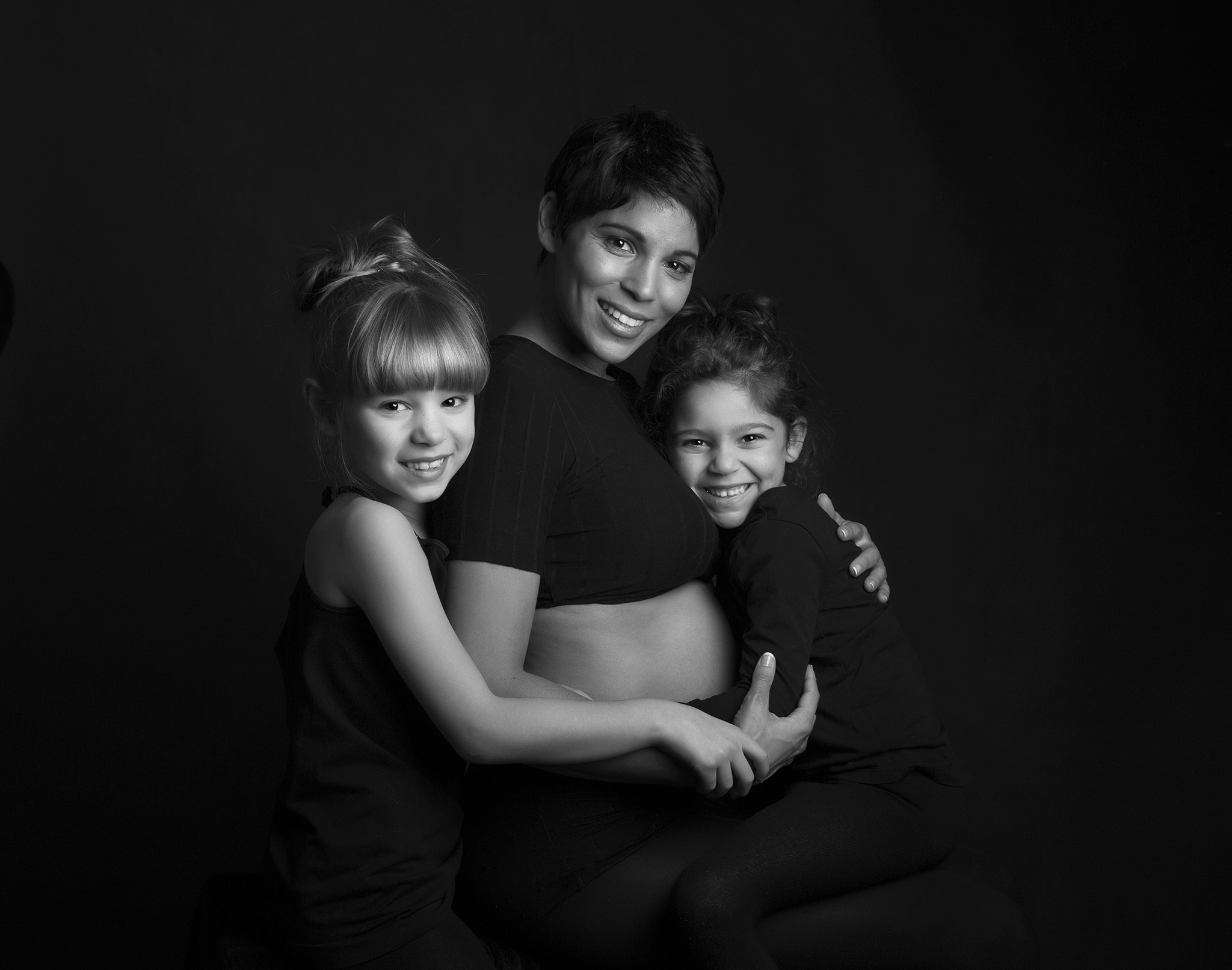 Elizabethg_fineart_photography_kingslangley_hertfordshire_tinyangels_model_familyportrait_maternity_sampson1.jpg
