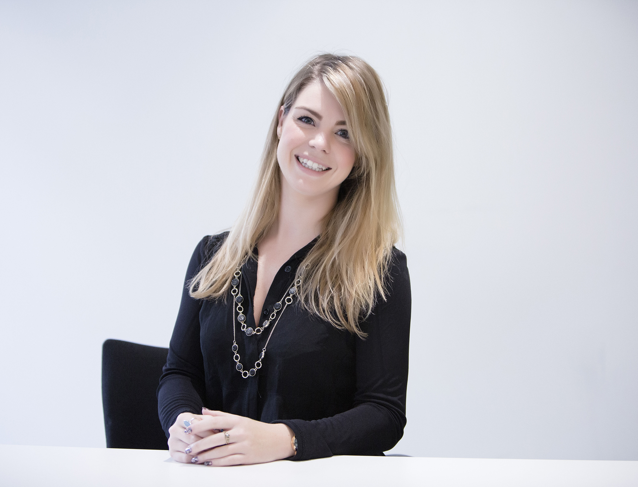 Elizabethg_fineart_photography_kingslangley_hertfordshire_onlocation_business_corporate_headshot_016.jpg