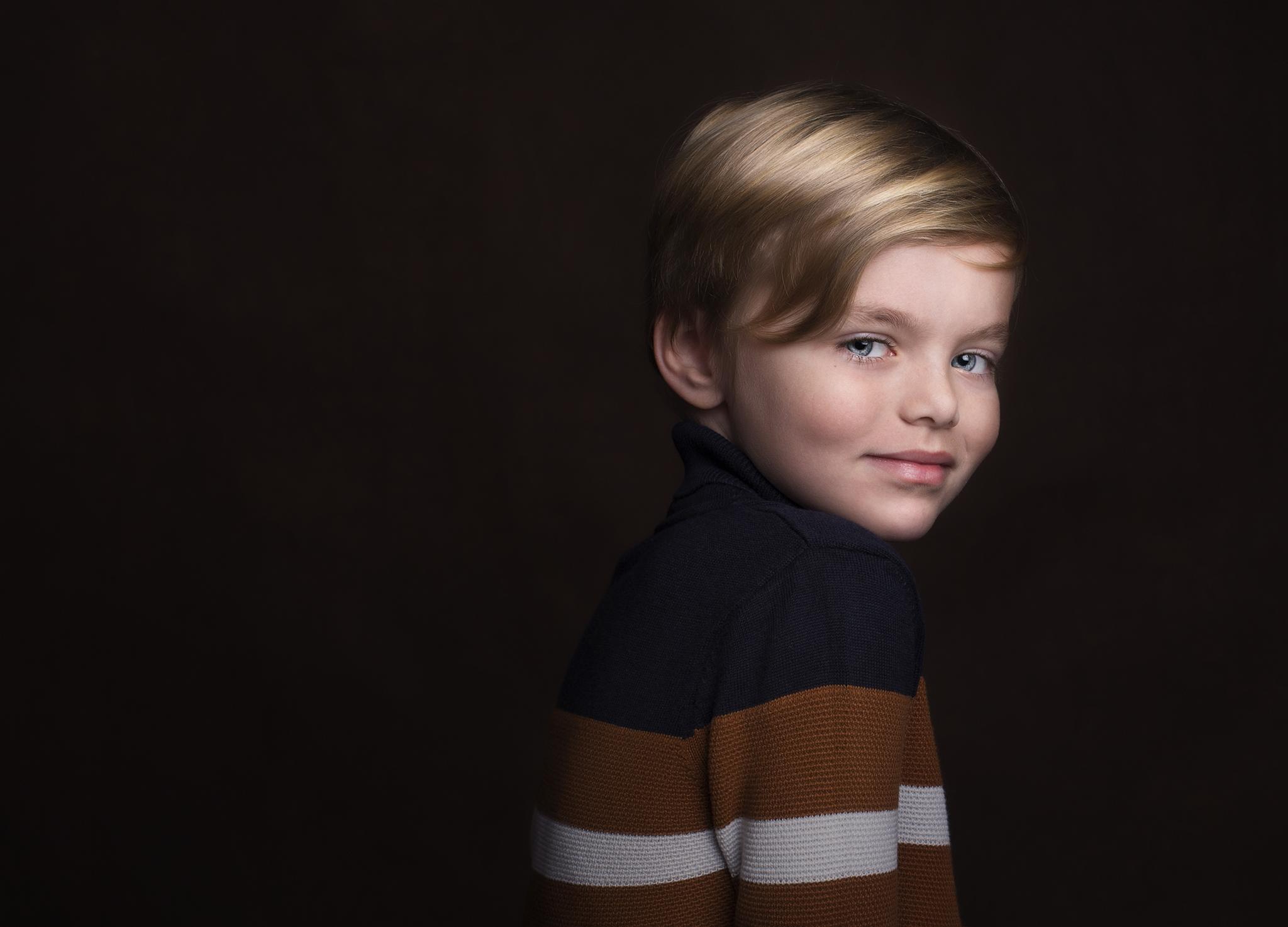Elizabethg_fineart_portrait_photography_will_kidslondon_003.jpg