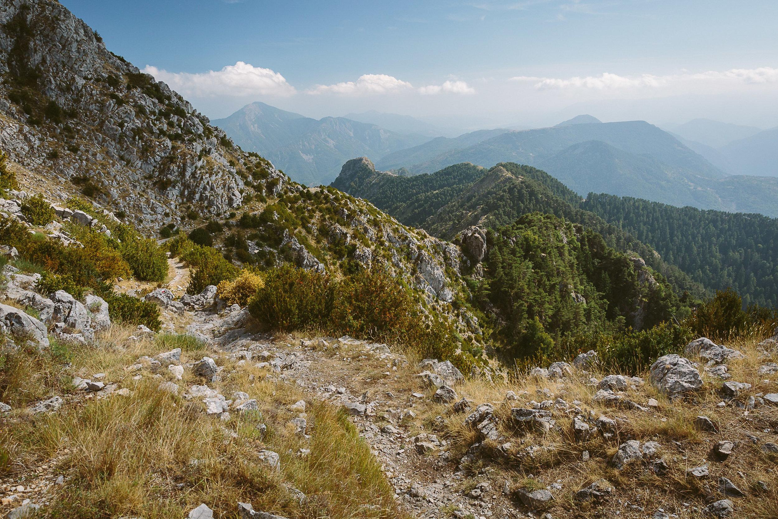 The path toward Utelle