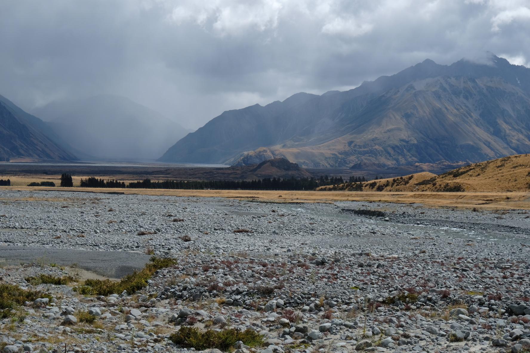 Rangitata with Mt. Sunday/Edoras on the foreground
