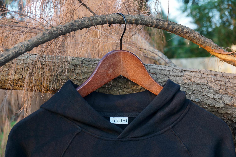 Black-Raiden-Hoodie-Collar.jpg