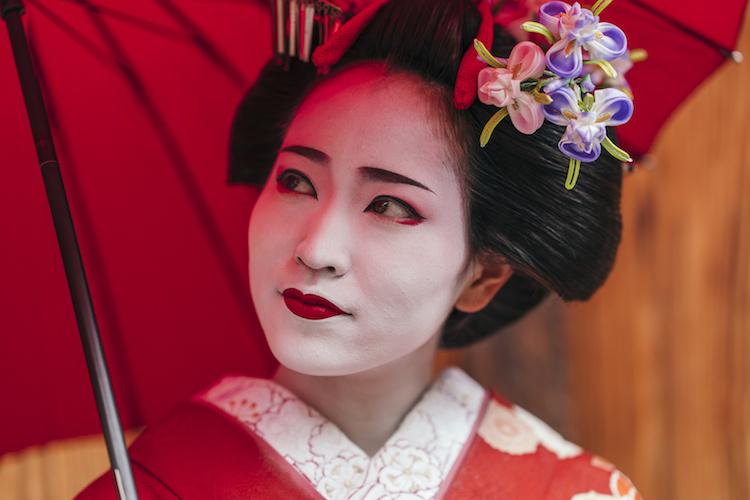 chinese-opera-white