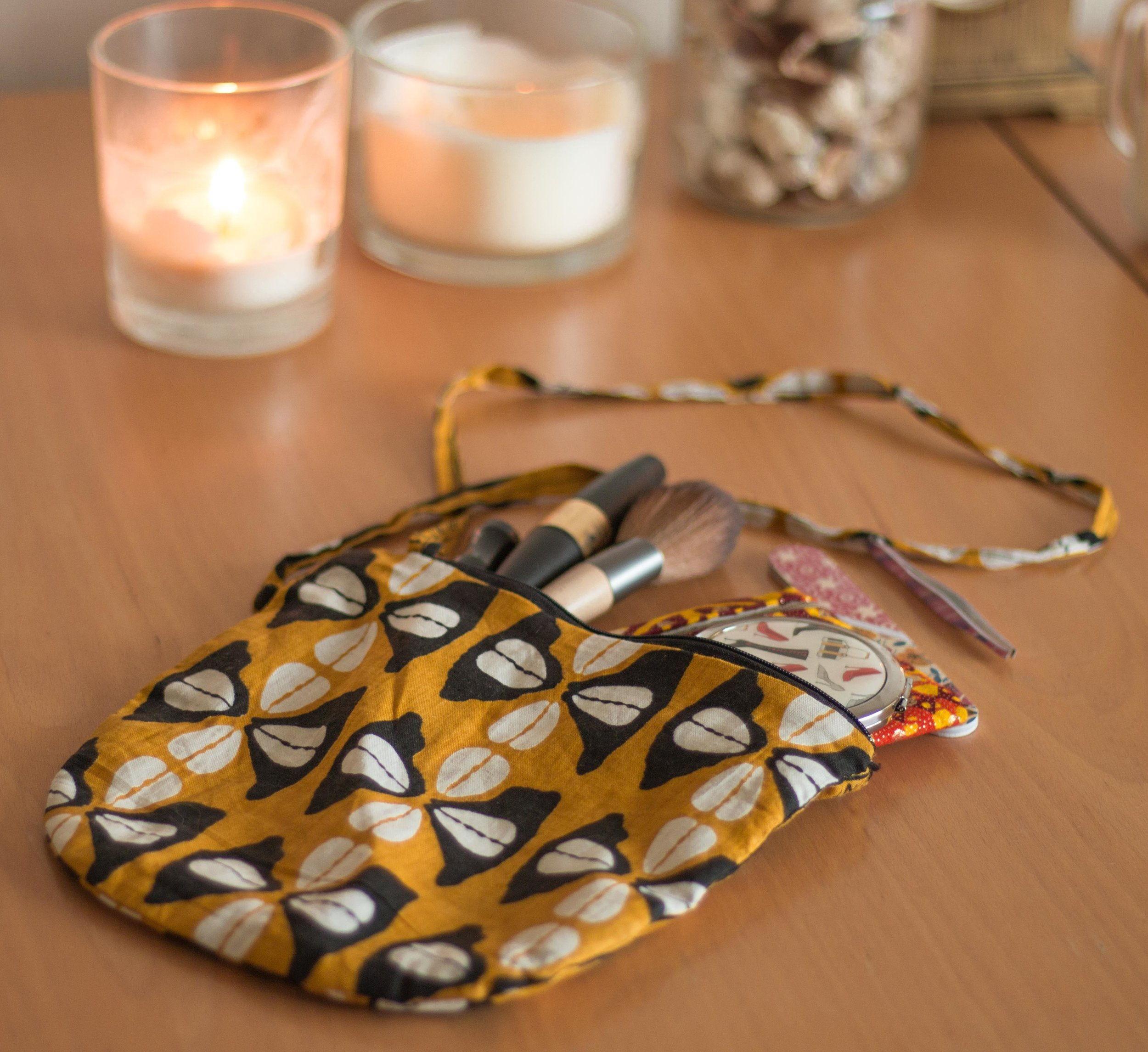 Small African bag by Aboom School