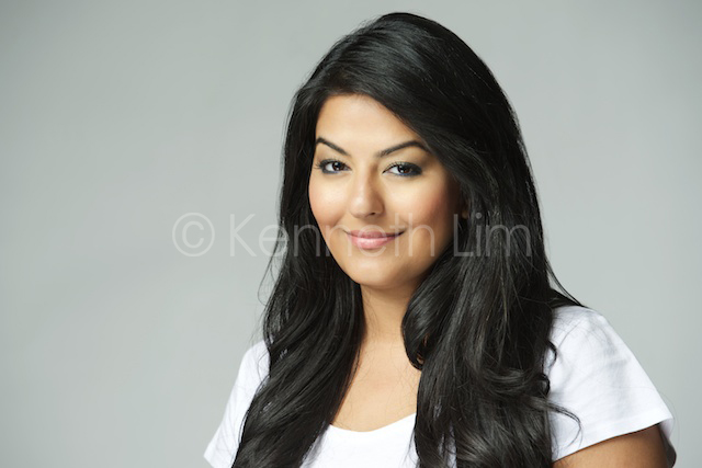 hong-kong-portrait-headshot-indian-woman-gray-background-002.jpg