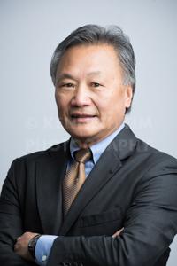 hk-corporate-headshot-white-background-18.jpg