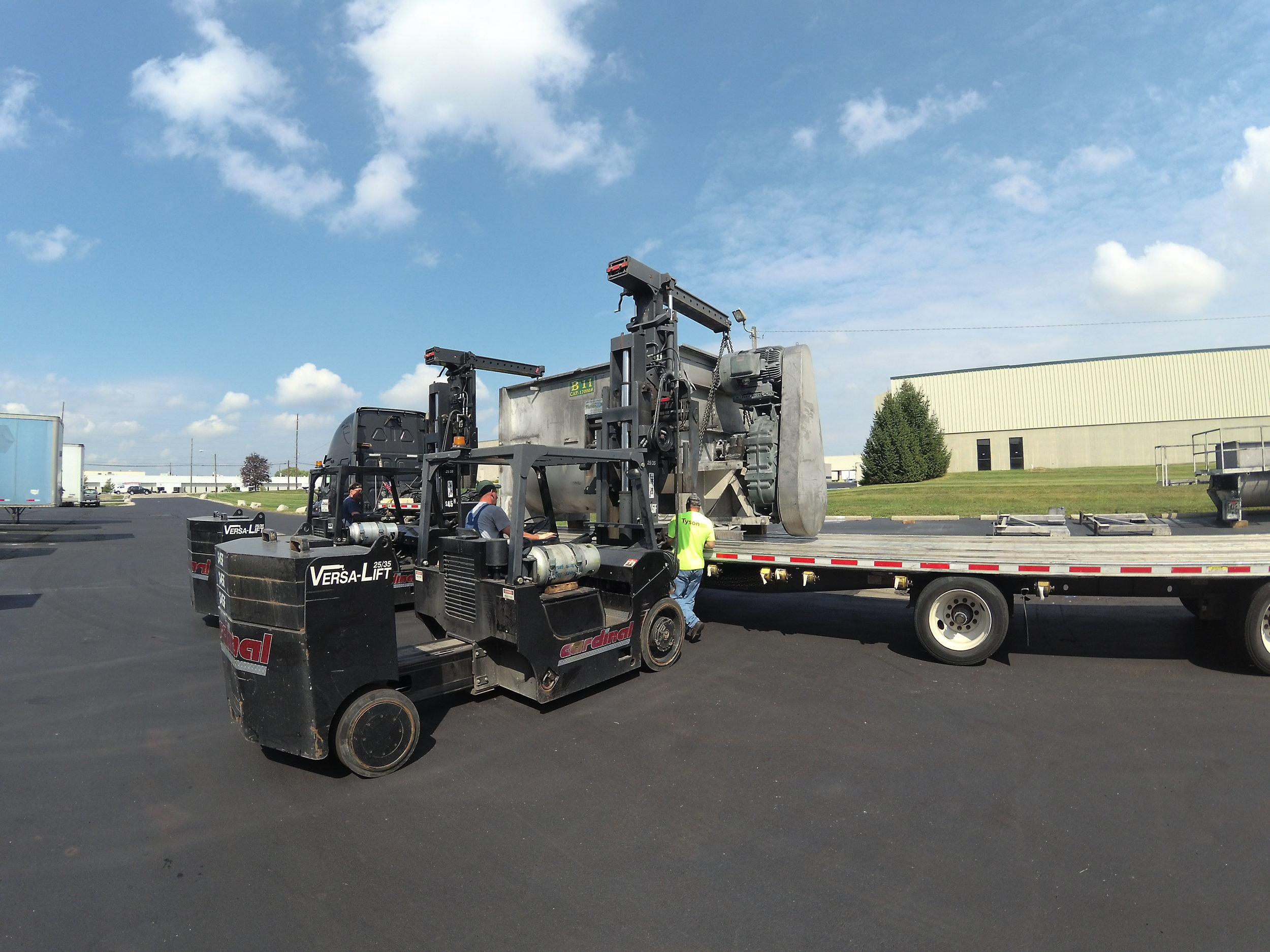 RTP, 9/6/18 - Cardinal helped RTP disassemble and remove two 20,000 lb. mixers in Indianapolis for transport to Wisconsin.