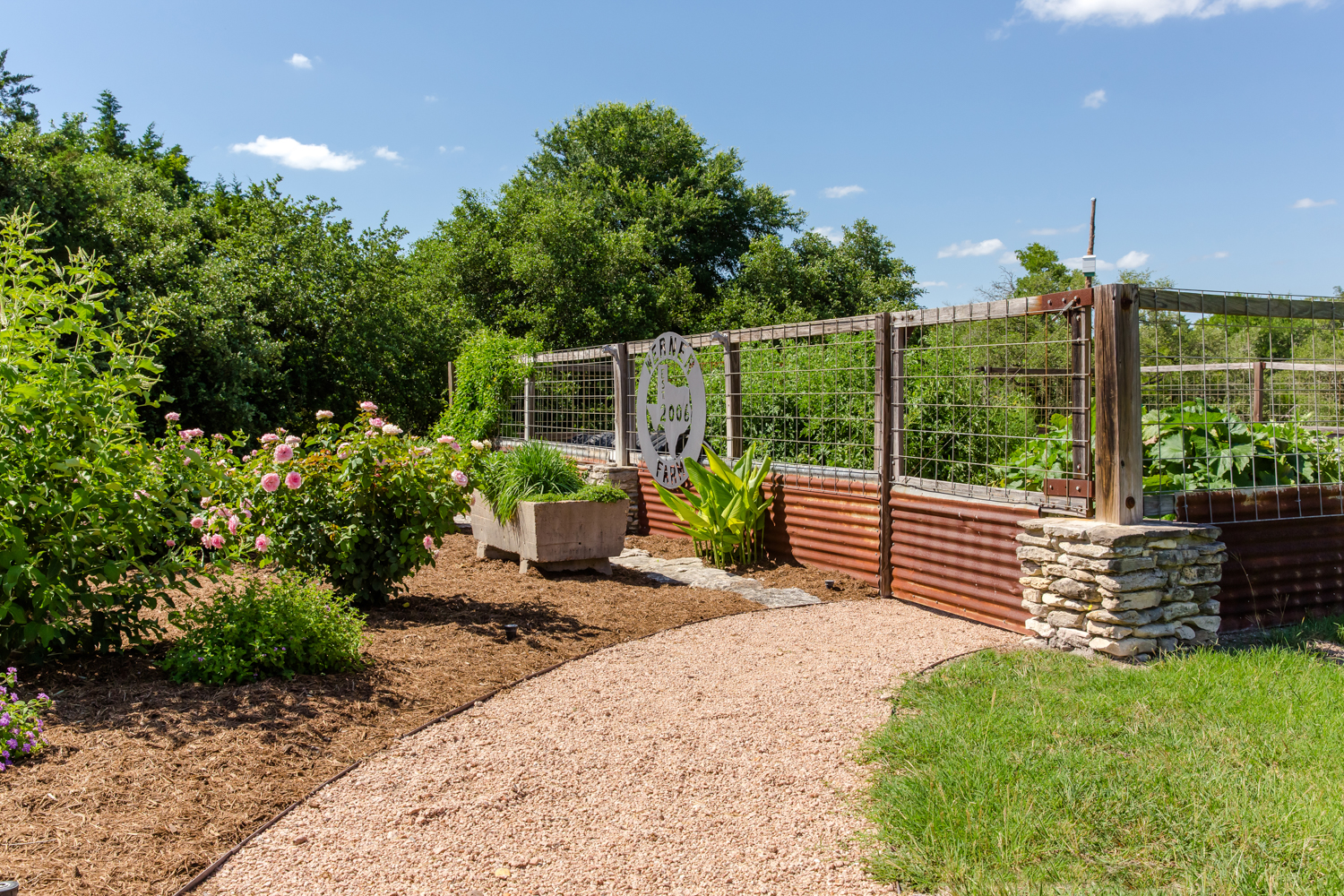 Hardscape and Landscape Design and Installation, Bellville Texas