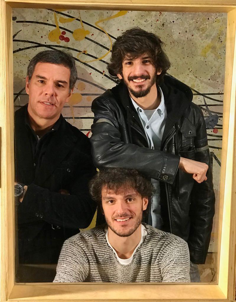 Marcelo Barbieri, Andre Minnassian (sentado) e Ricardo Duarte