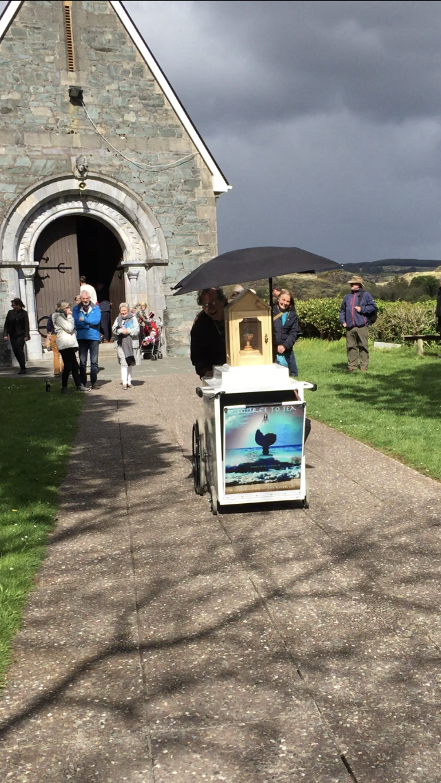 Pure Drop begins its journey , departing the chapel at Gougaunne Barra lake after a multilayered performance ceremony of poetry , original musial compositions, rap, contemporary dance. A short video of the performances can be viewed under the VIDEOS link.