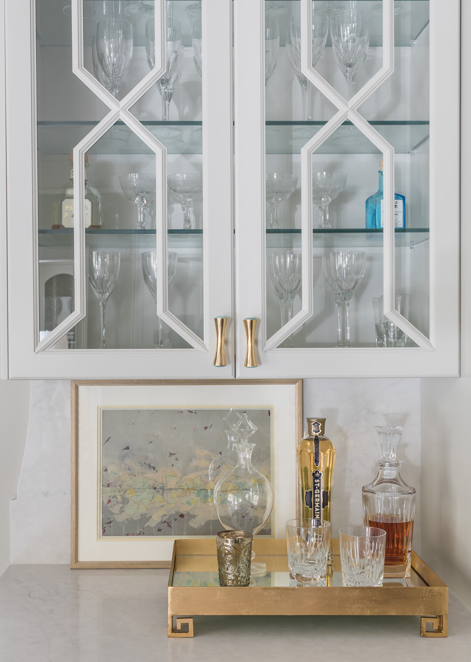 Bar vignette by Brooke Cole Interiors featuring an original art piece by Alexis Walter