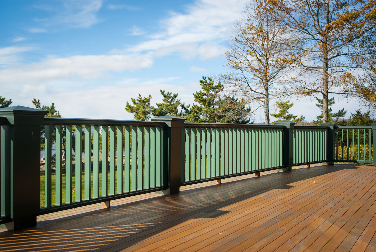 custom-deck-railing.jpg