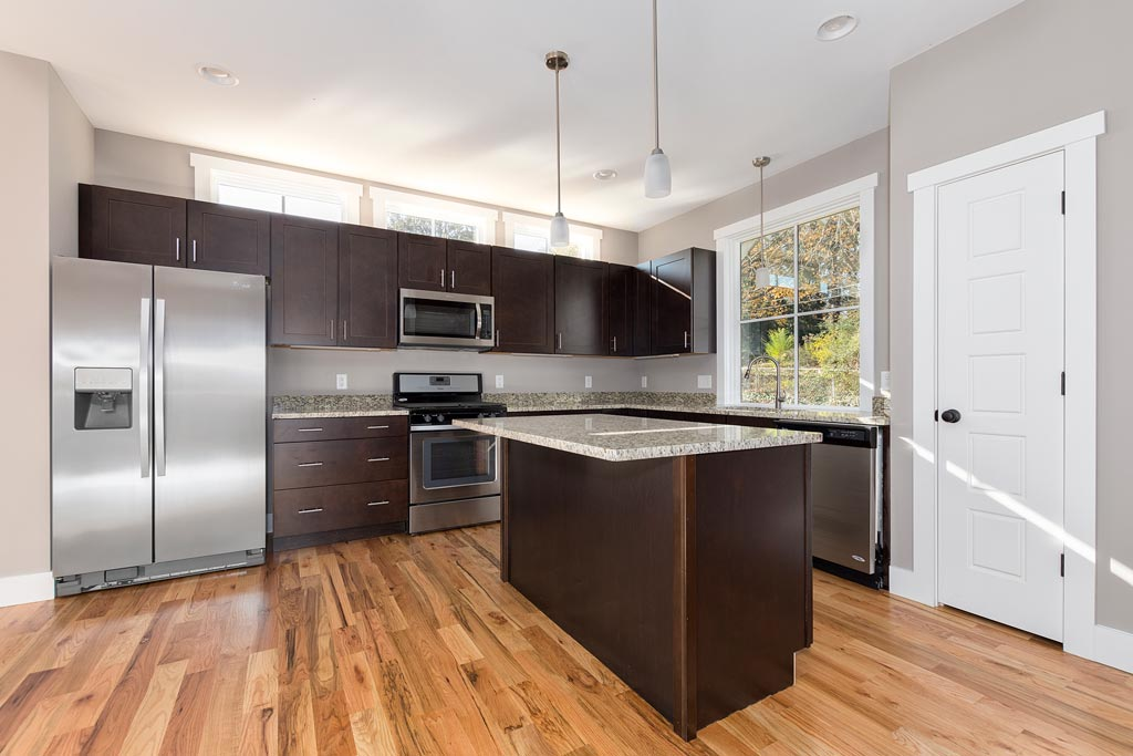 Granite-and-Stainless-Steel-Kitchen.jpg
