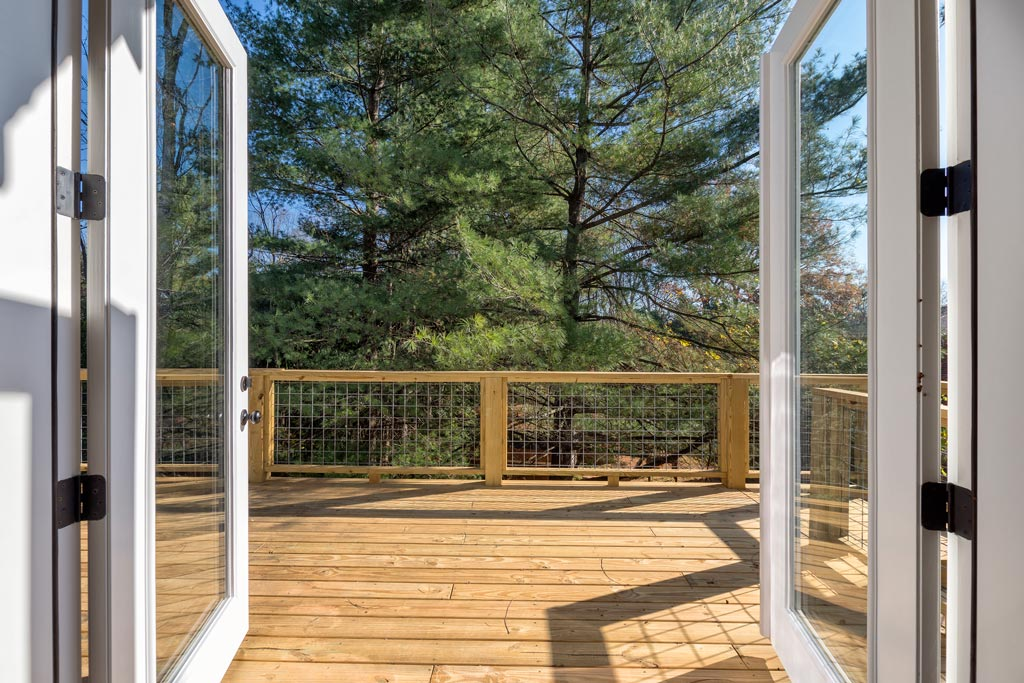 Living-Area-Opens-to-Huge-Back-Deck.jpg