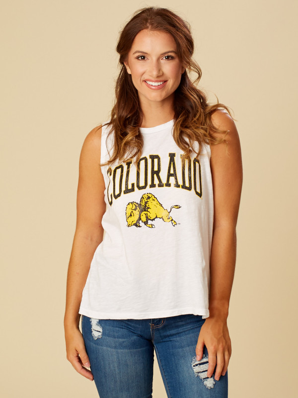 As much as it pains me to post about the Buffaloes, you should know they have a ton of these tank tops by mascot that are just TOO cute. I would tie it with high waisted jeans.