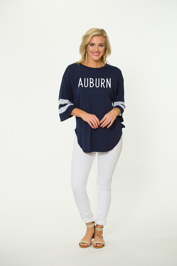 Who doesn't love an oversized tee. But seriously.