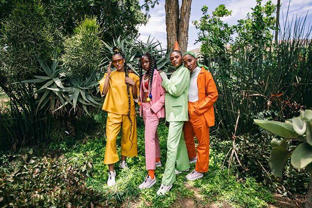 uMoya wase Mzansi - Presenting four South African athletes who are pushing the boundaries in their own respects.  Producer - @_twala Creative Direction & Photography - @sizembiza  Creative Direction & Styling - @didintlen + @umps.machaka Behind The Scenes - @eddystepza Make Up - @mamello_mokhele Hair - @nix_indamix + @beezybraidsza Athletes - @valeska_nel @scottthegirl @tamzinthomas @keletso.senosi Location - The Aloe Farm Hartbeespoort  #NikeAirMaxDia #AirMaxDay #uMoyaWaseMzansi  See more on www.sizembiza.com