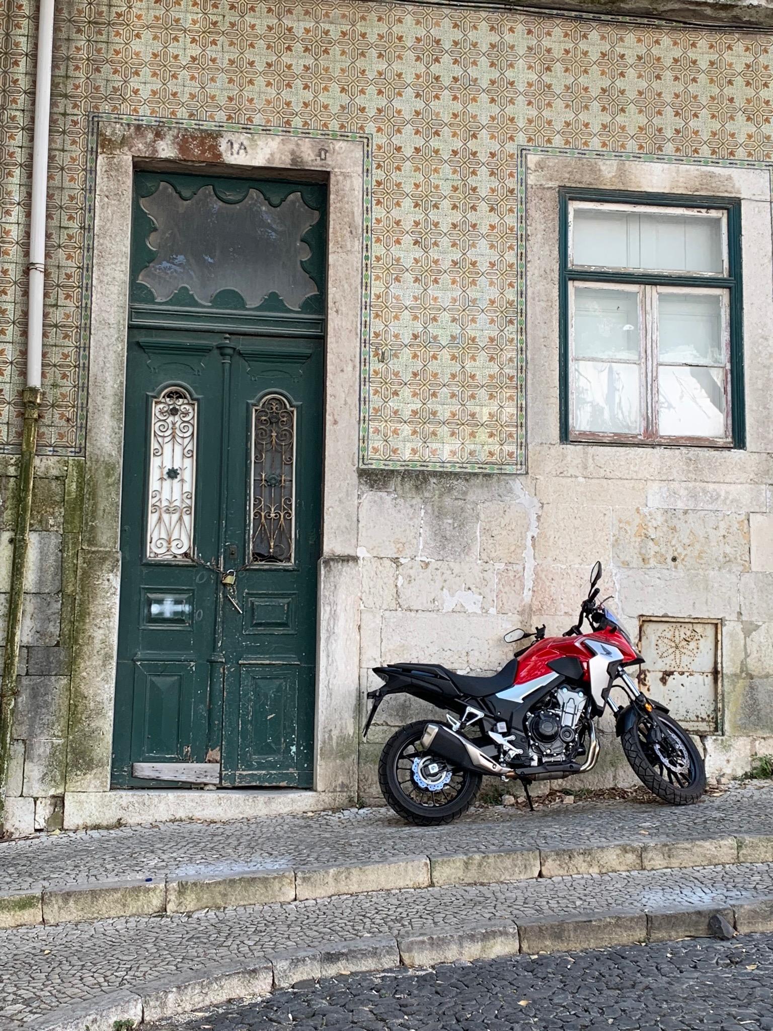 ceramic tiles Lisbon.jpg