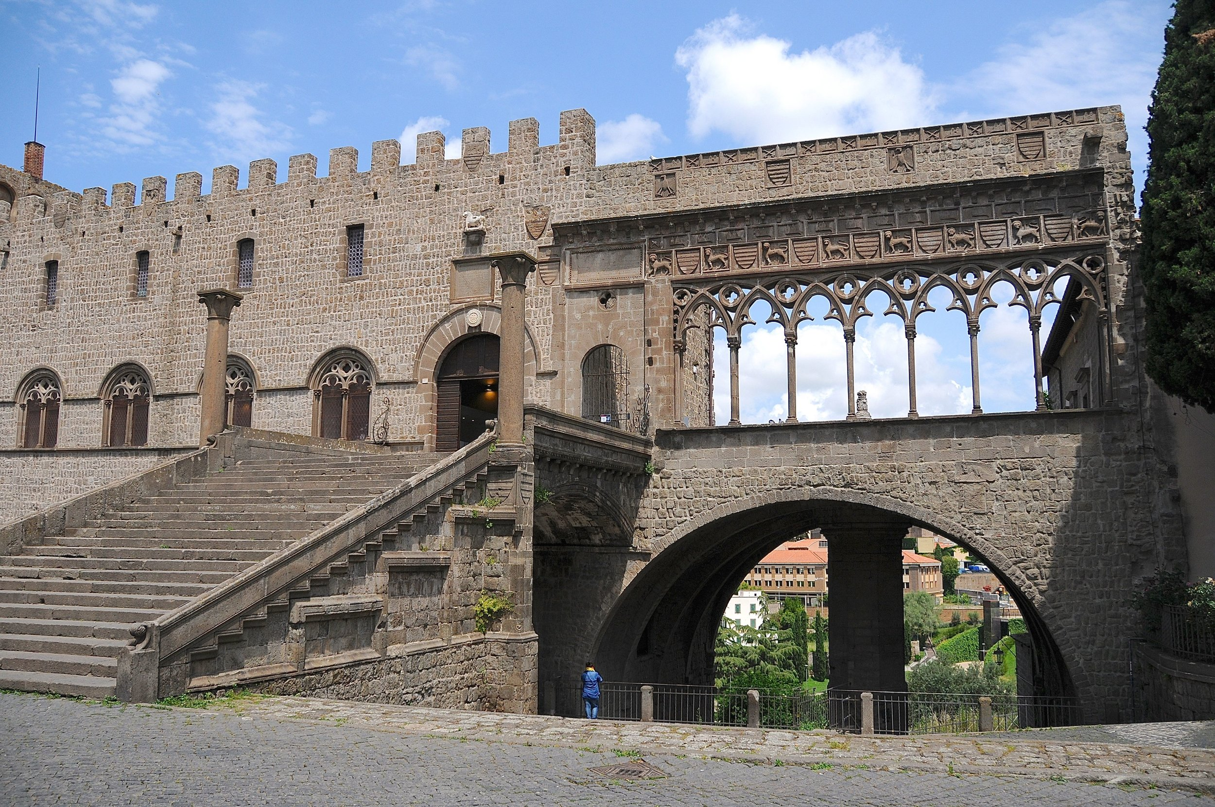 Viterbo - Palazzo Papale Foto Kjell Helle-Olsen (28).jpg
