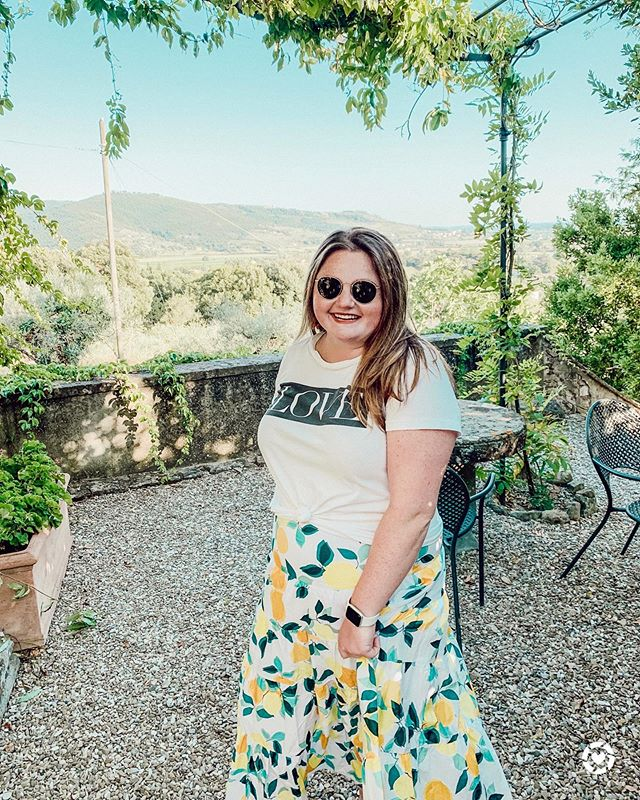 Obsessed with all things lemon! I miss this beautiful place already. This look is up on the blog 🍋 • • • Shop my daily looks by following me on the LIKEtoKNOW.it app (leavealittlesparkleblog) #liketkit #LTKeurope #LTKitbag #LTKsalealert #LTKshoecrush #LTKtravel #LTKunder50 #LTKunder100 @liketoknow.it @liketoknow.it.europe http://liketk.it/2DVm8